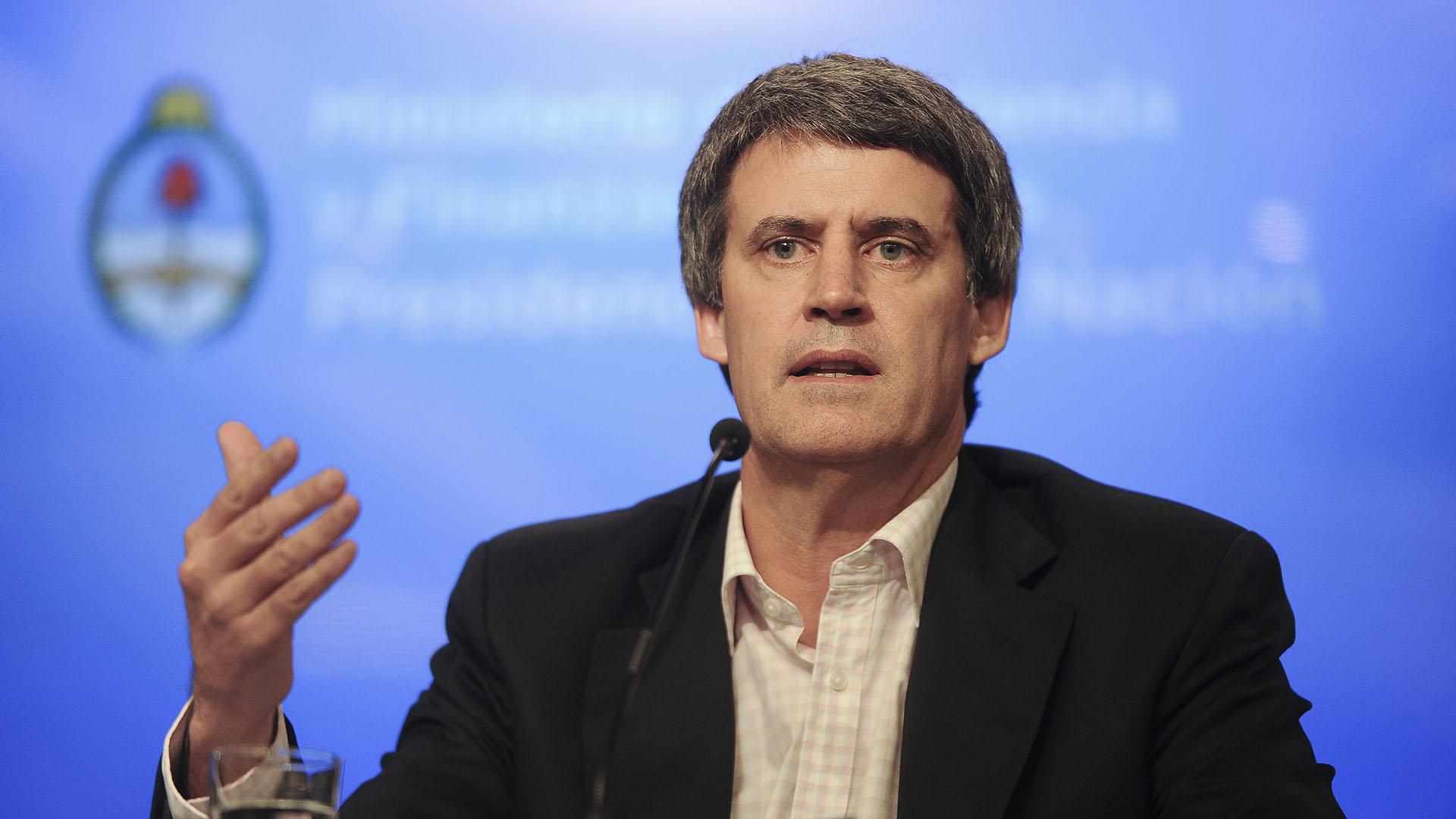 El ex ministro de Hacienda y Finanzas es uno de los nombres que suena como candidato a gobernador de Tucumán