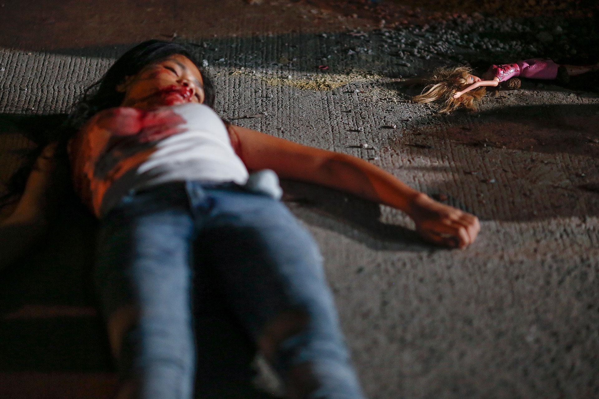 La aparición de cadáveres de personas muertas por fuerzas policiales filipinas es atribuida a su relación con las drogas