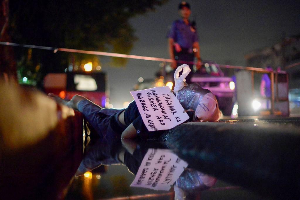 La guerra contra las drogas de Duterte ha sido criticada por organismos del derechos humanos del mundo.