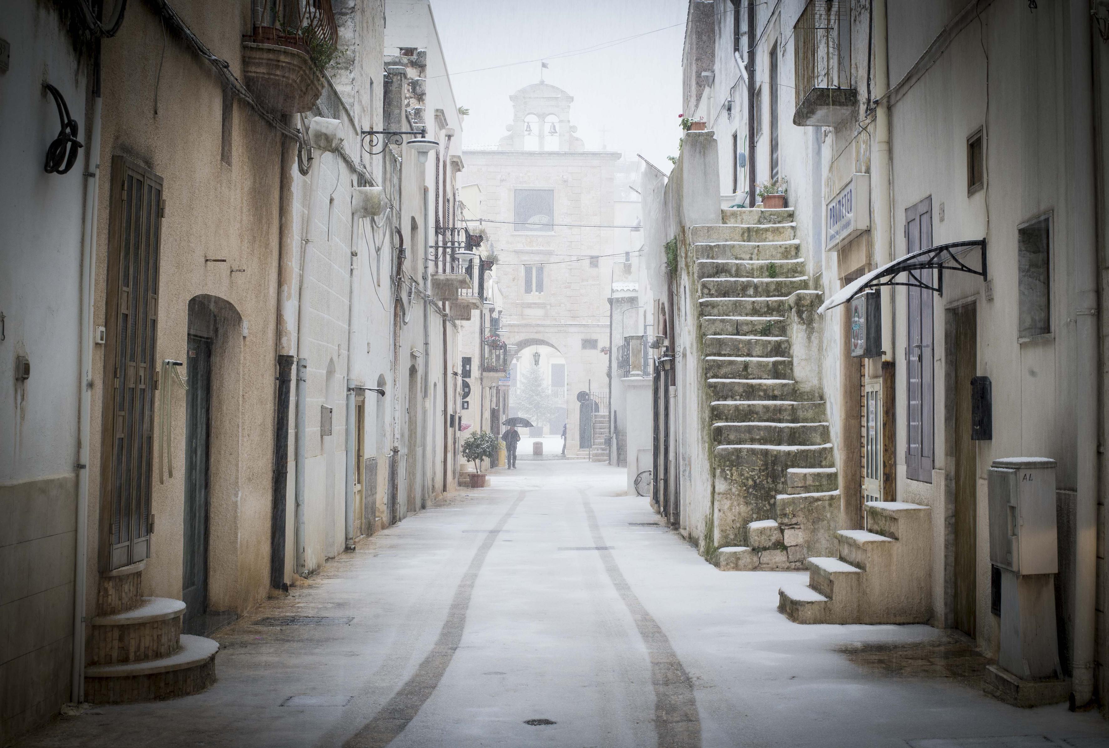 Arquitectura barroca y playas del mar Adriático en el talón de Italia (AFP)