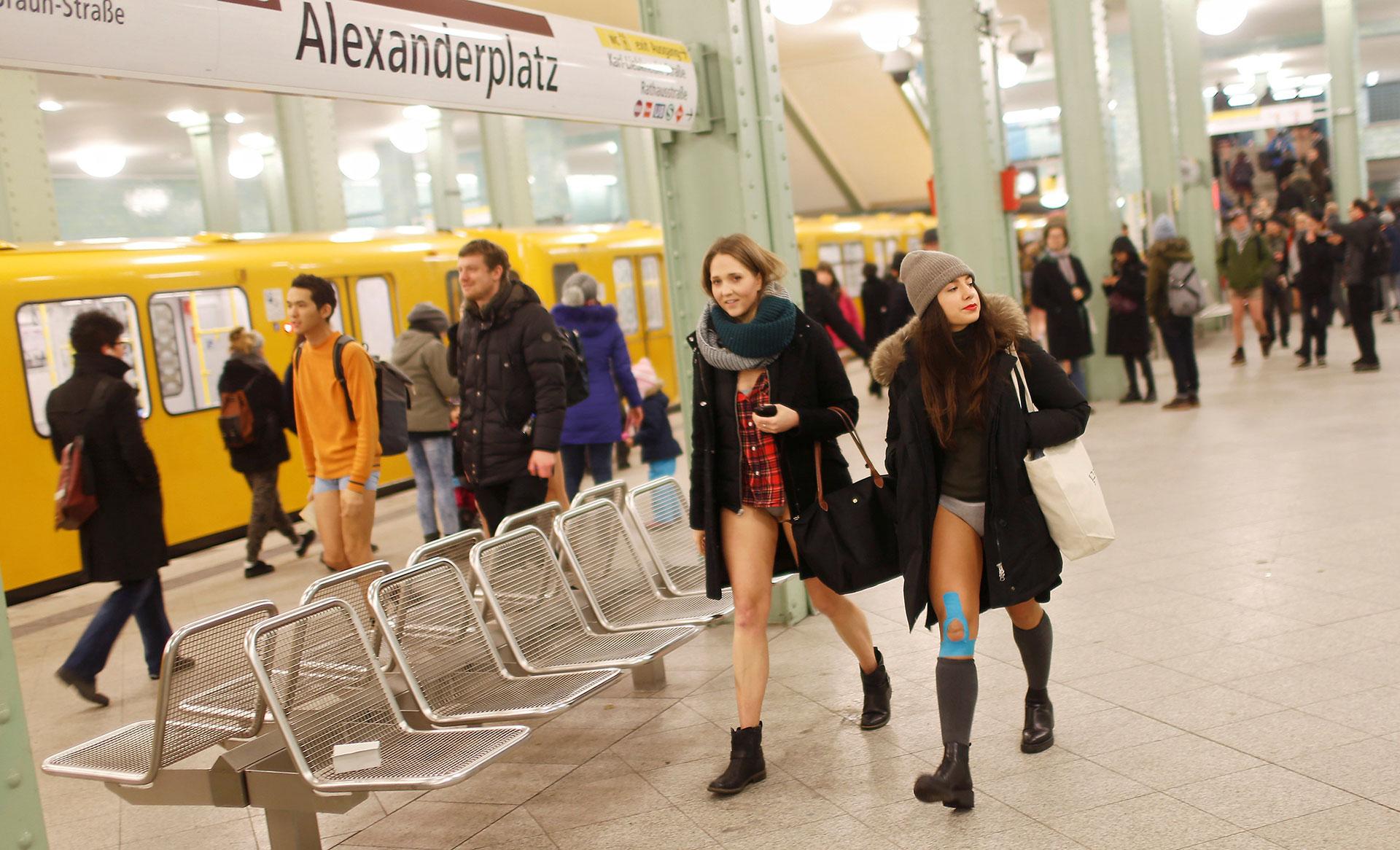 Unos pocos se sumaron a la jornada en Berlín (Reuters)