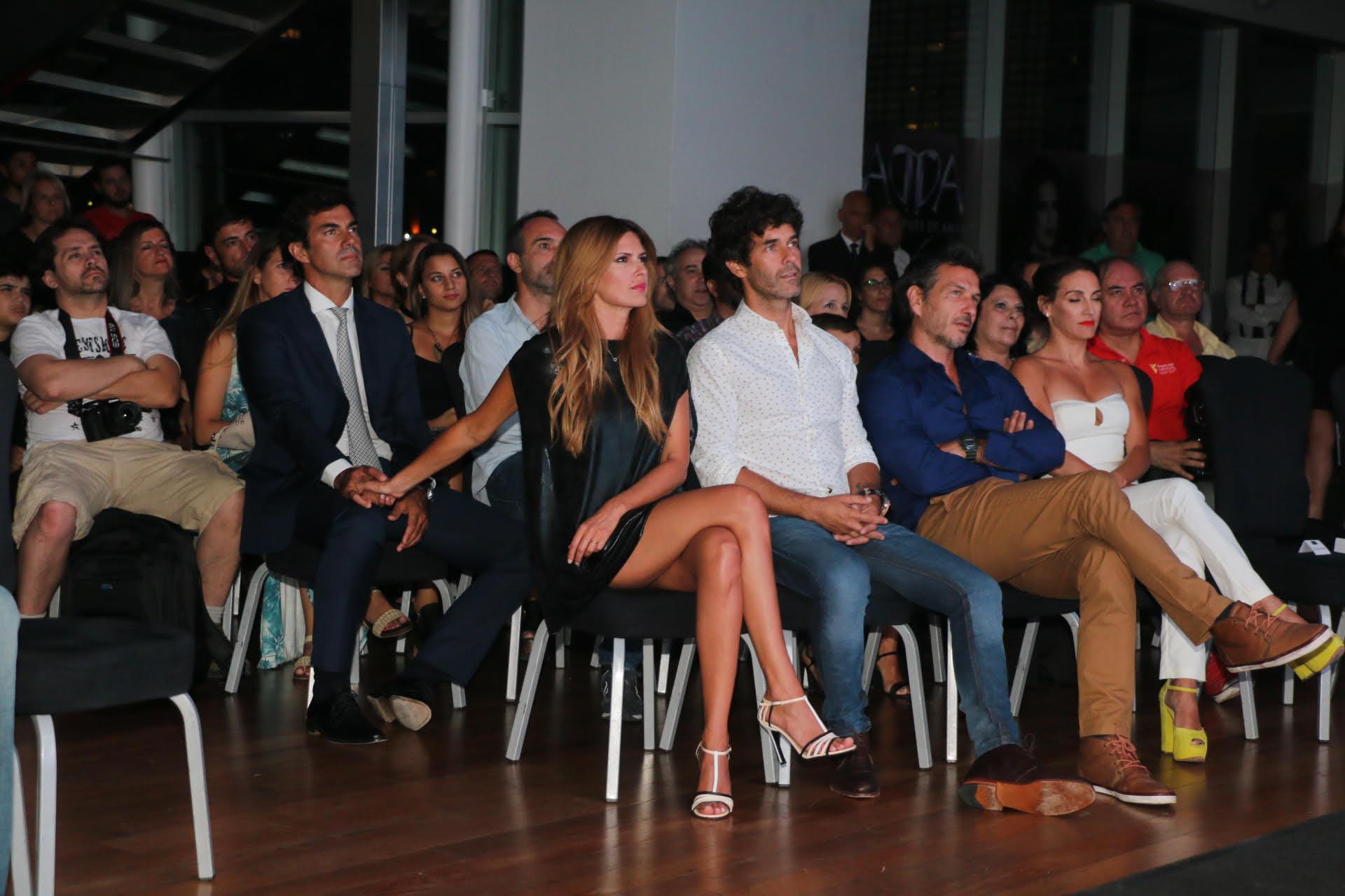 Isabel Macedo junto a sus compañeros Mariano Martínez, Federico Amador y Eleonora Wexler