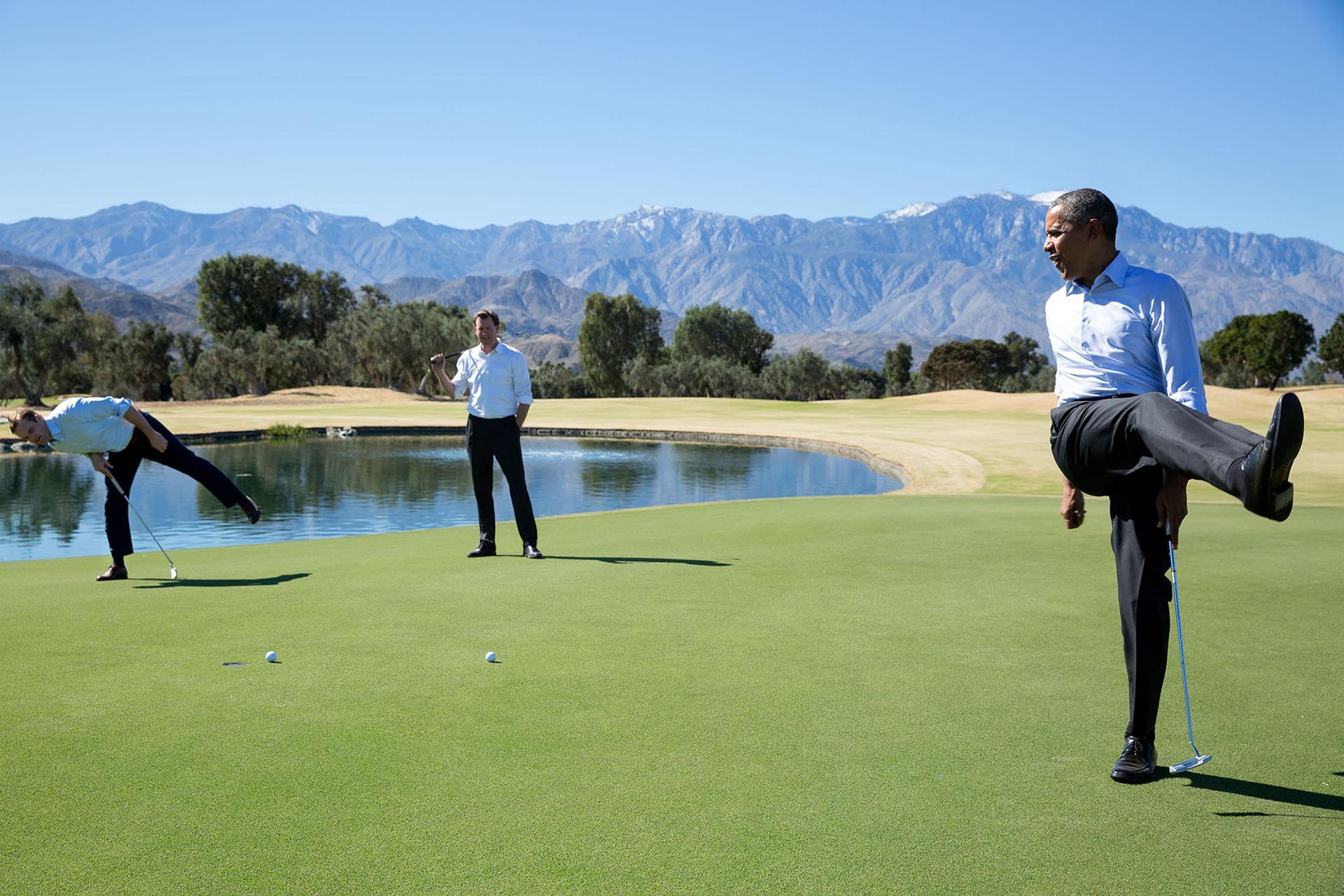 Un juego de golf en Annenberg Retreat, Sunnylands, Rancho Mirage, Califonia
