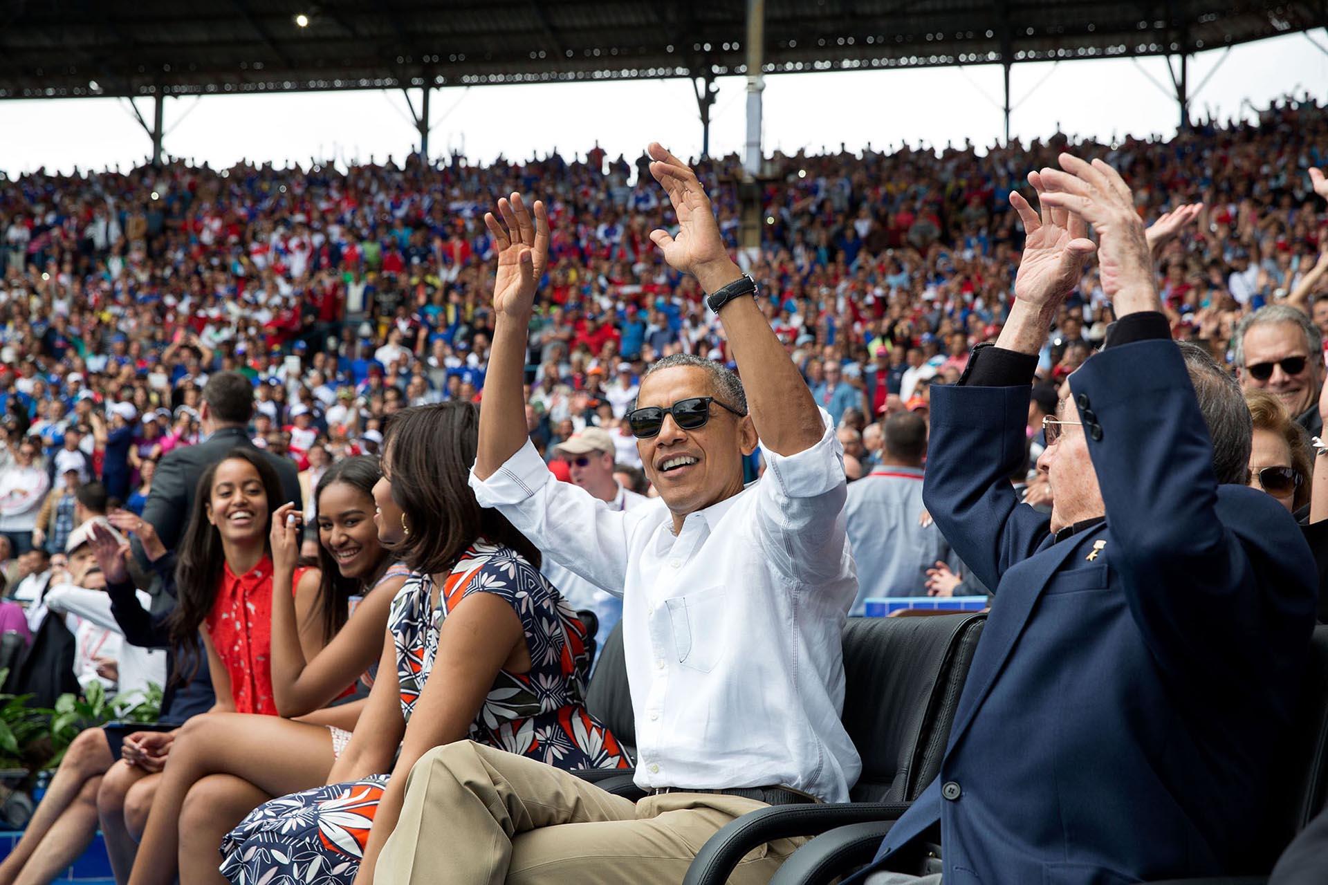 En un partido de béisbol en el Estado Nacional de La Habana, Cuba