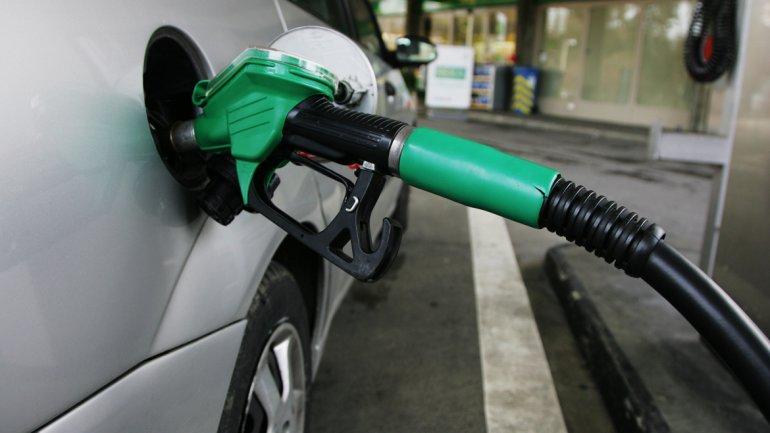 Argentina tieneuno de los combustibles más caro de la región, detrás de Uruguay y Brasil.
