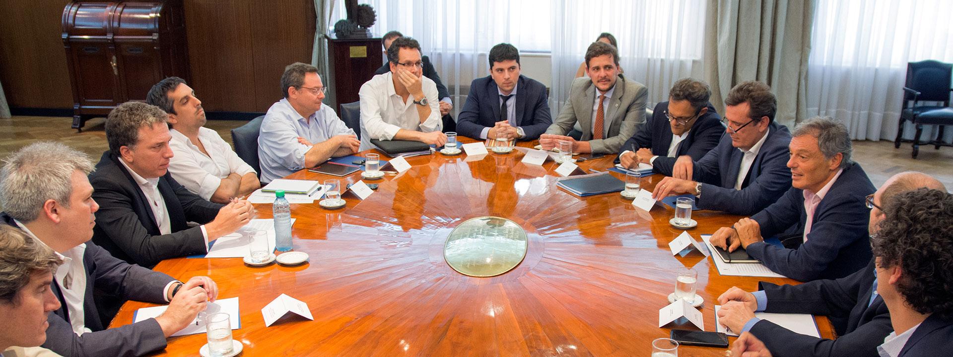 Reunión de Trabajo entre el equipo de Hacienda y el de Producción, en busca de racionalizar el gasto, en particular en personal