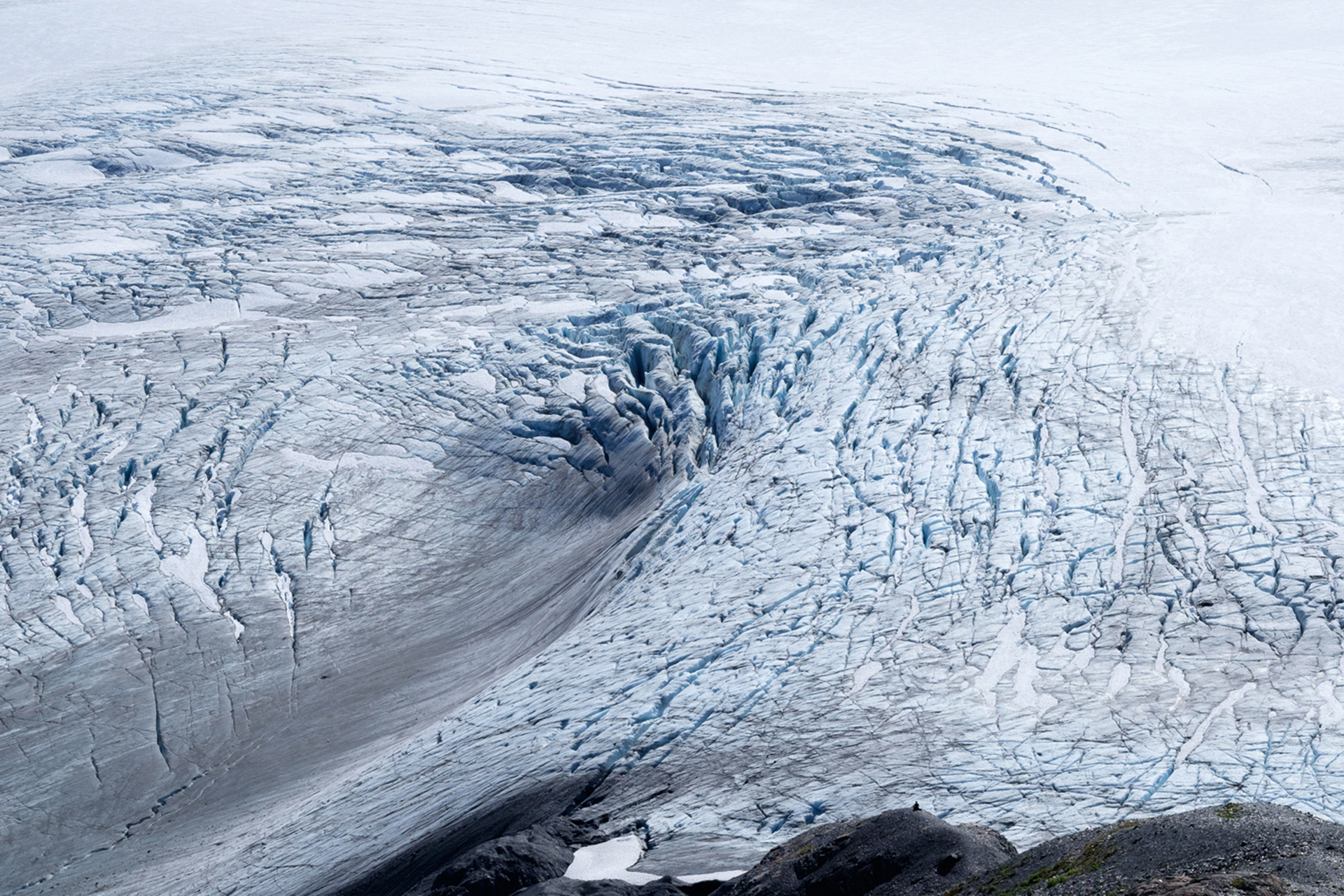 El campo de hielo de Harding es la fuente de unos 30 glaciares en la península de Kenai