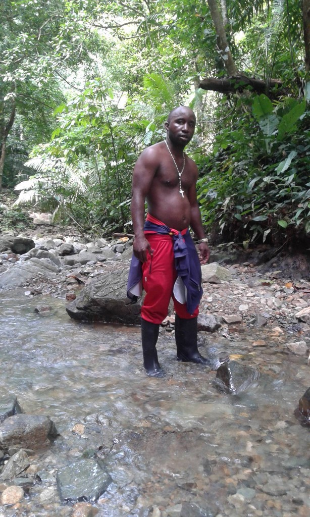 Maikel Tratman en la selva colombiana en su primer intento por llegar a los EEUU