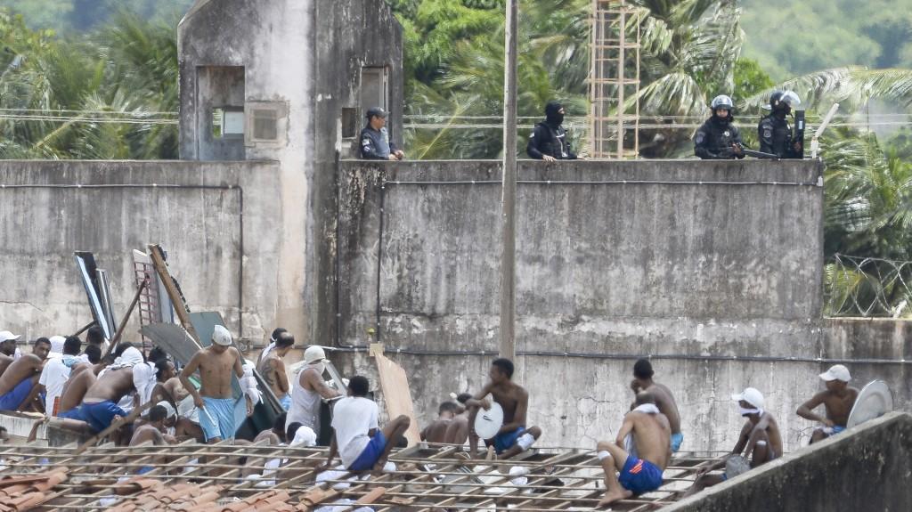 El gobernador de Rio Grande do Norte acusó al poderoso grupo criminal PCC de desafiar al estado en su guerra por el control del narcotráfico en Brasil (AFP)