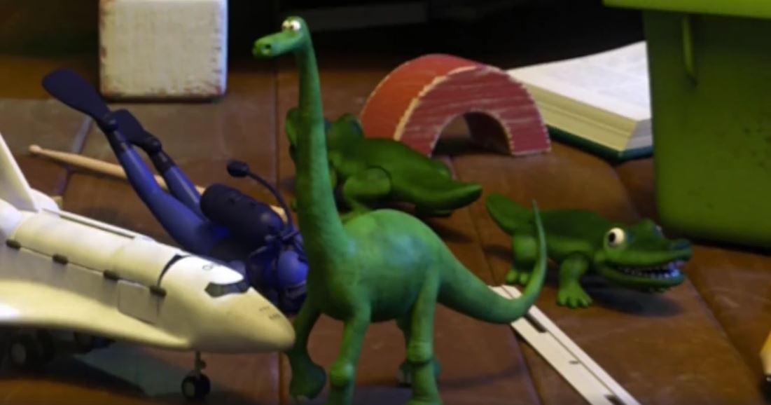 Arlo tiene una fugaz (muy fugaz) participación en Monsters Inc.
