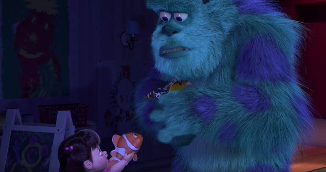 Boo le ofreció el particular pez a Sullivan, quien sorprendido lo acepta como un regalo