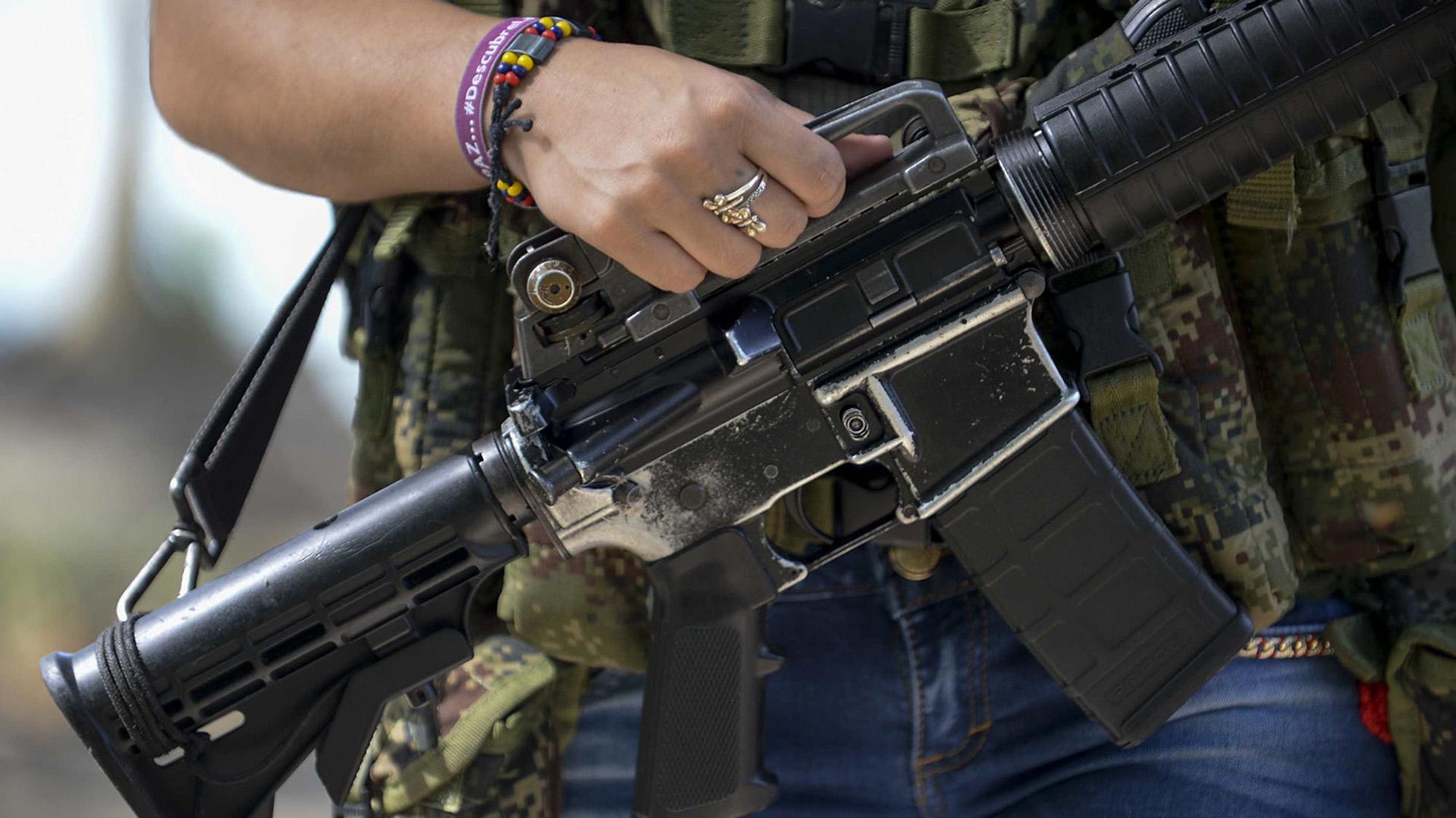 Aún la guerrilla tiene que entregar el 70% de sus armas.