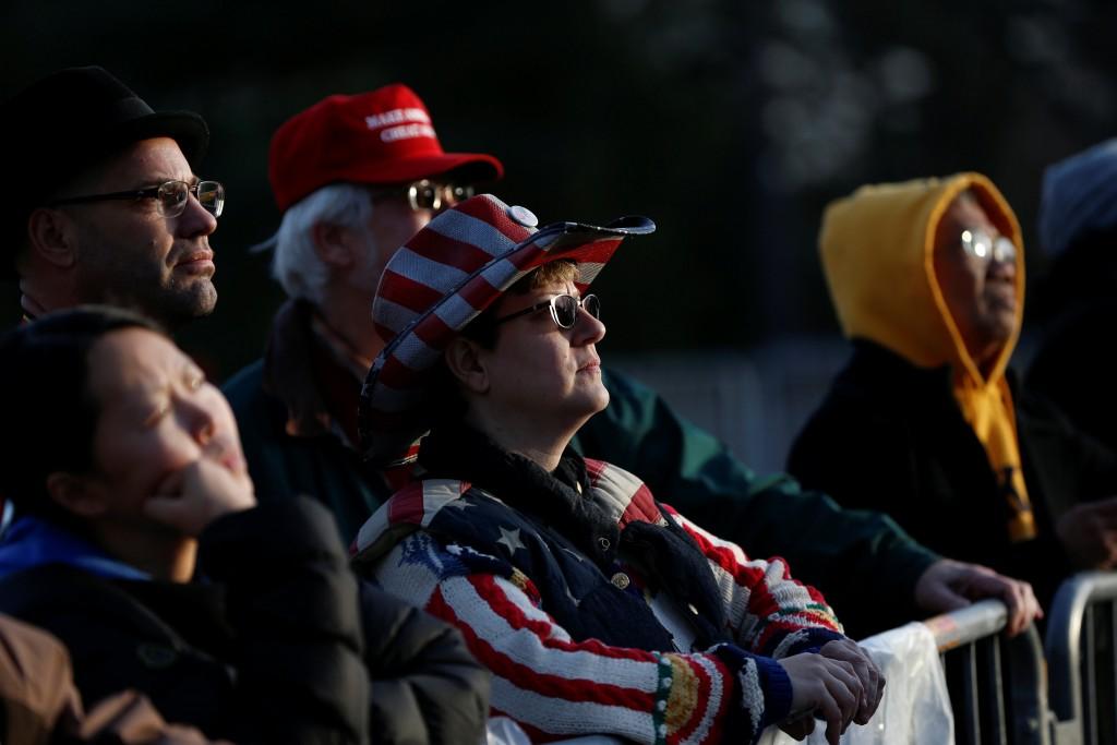 Miles de personas llegaron a Washington para seguir la jura de Donald Trump (Reuters)