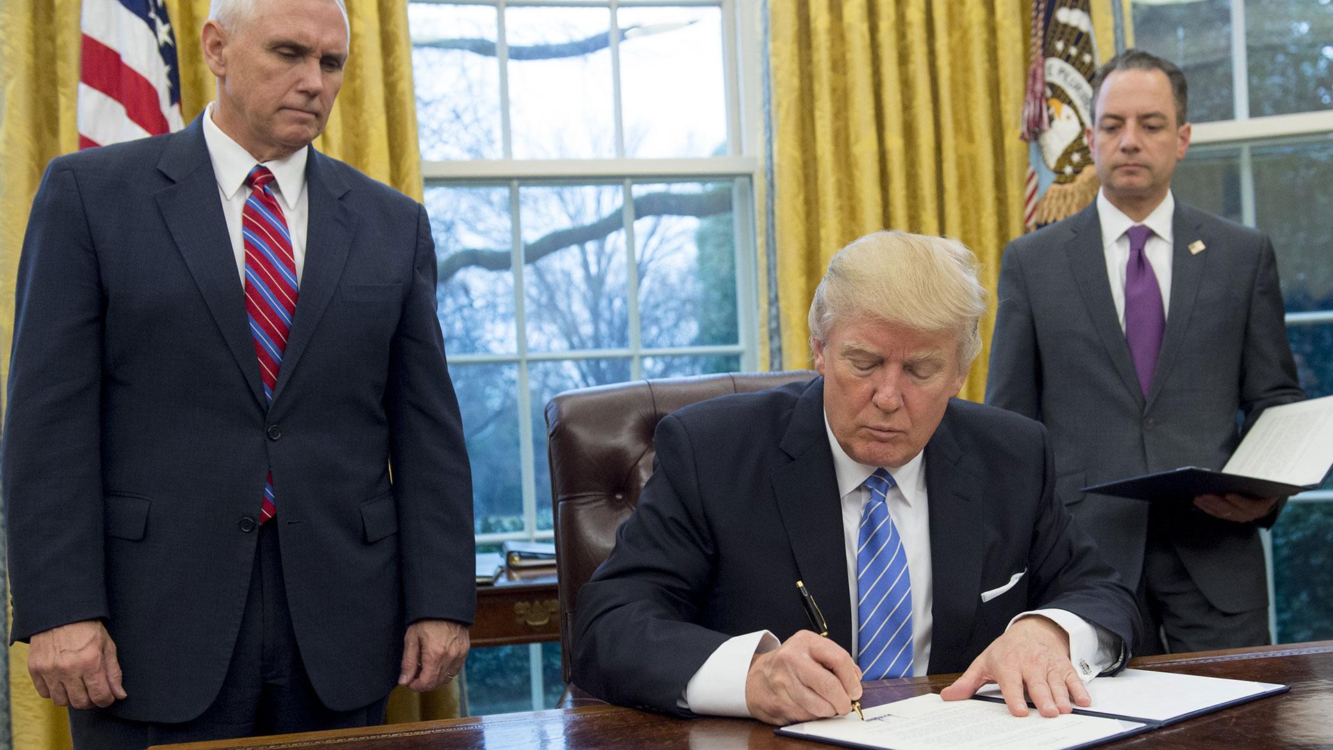 Trump en pocos días en la Casa Blanca ya ha firmado varias ordenes ejecutivas.(AFP)