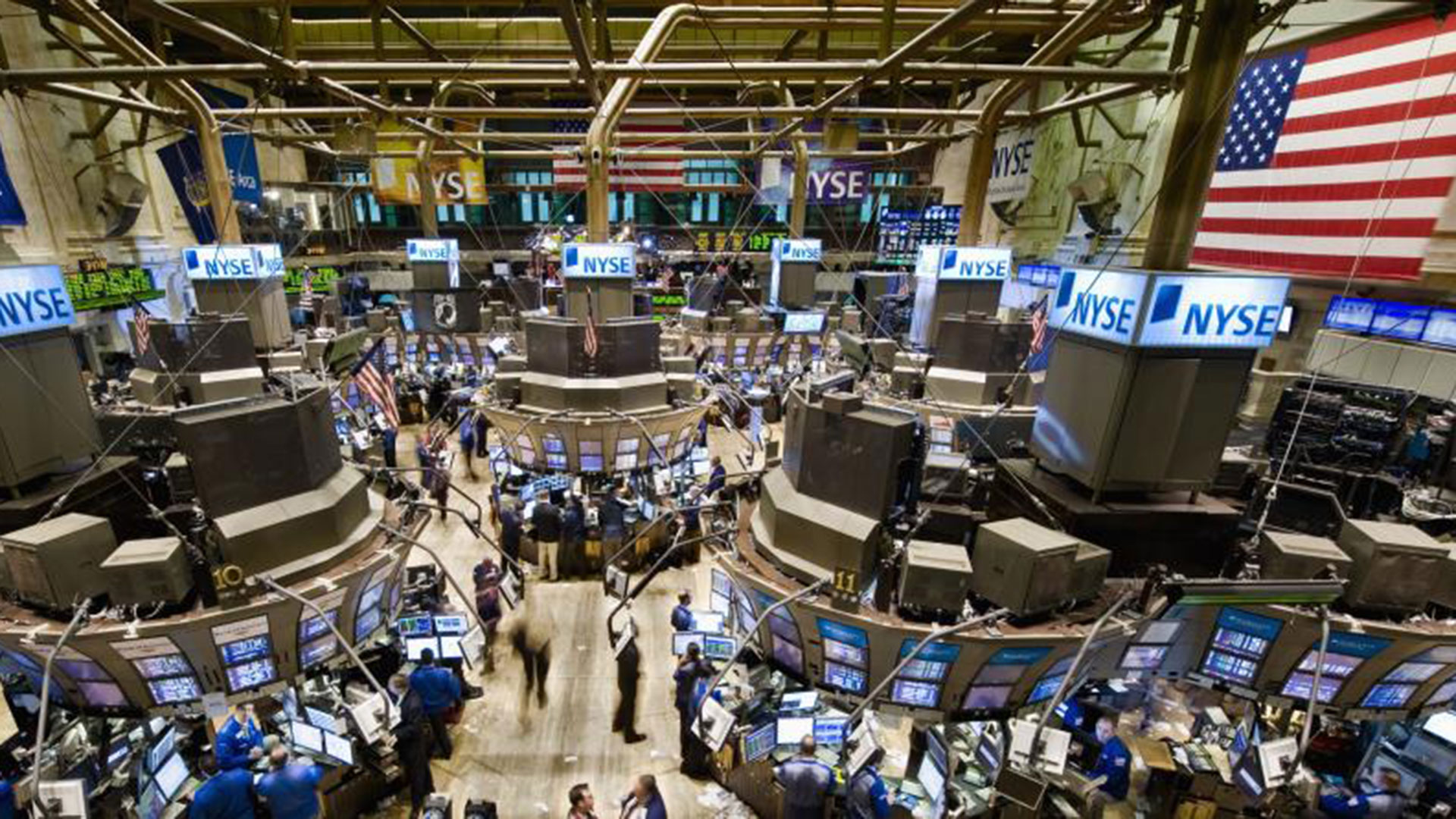 Wall Street busca recuperar los precios récord de inicios de octubre. (Archivo)