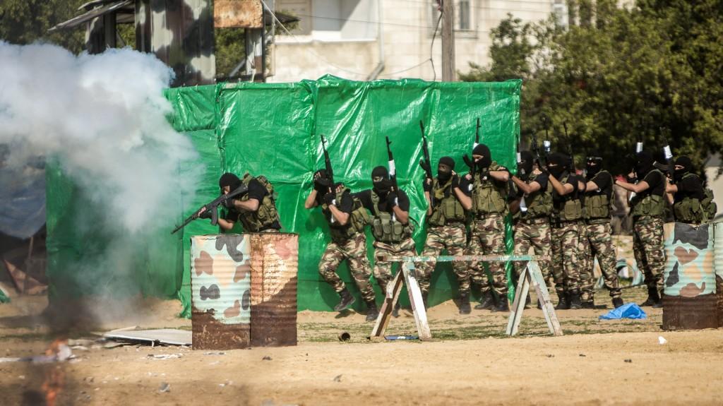 El evento incluyó un simulacro de ataque a una posición de las Fuerzas de Defensa Israelíes (AFP)