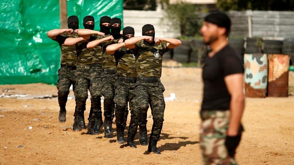 Entre los cadetes había niños, jóvenes adultos y hombres de mediana edad (AFP)