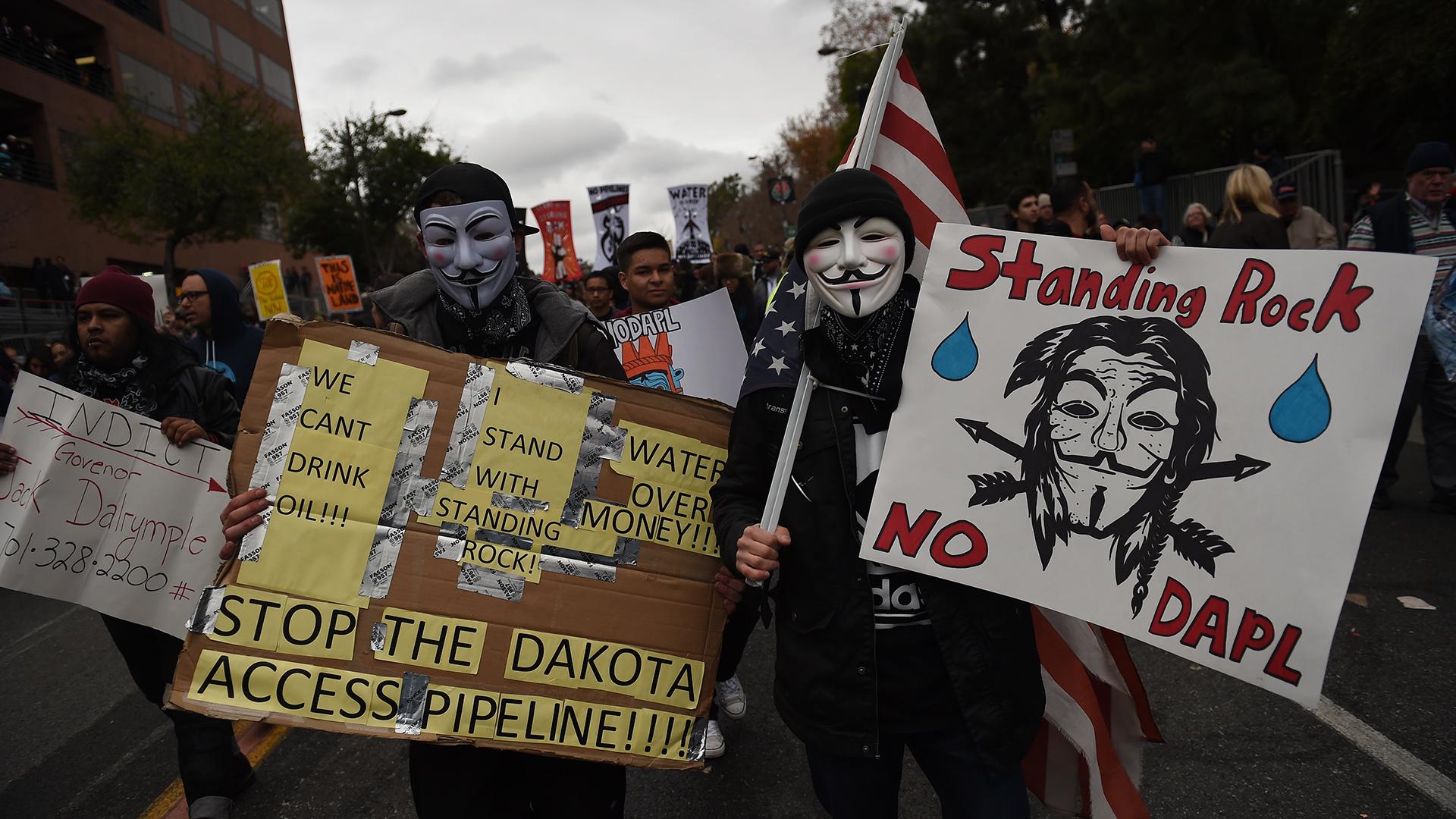 Protestas contra los oleoductos Keystone XL y Dakota Access. (AFP)