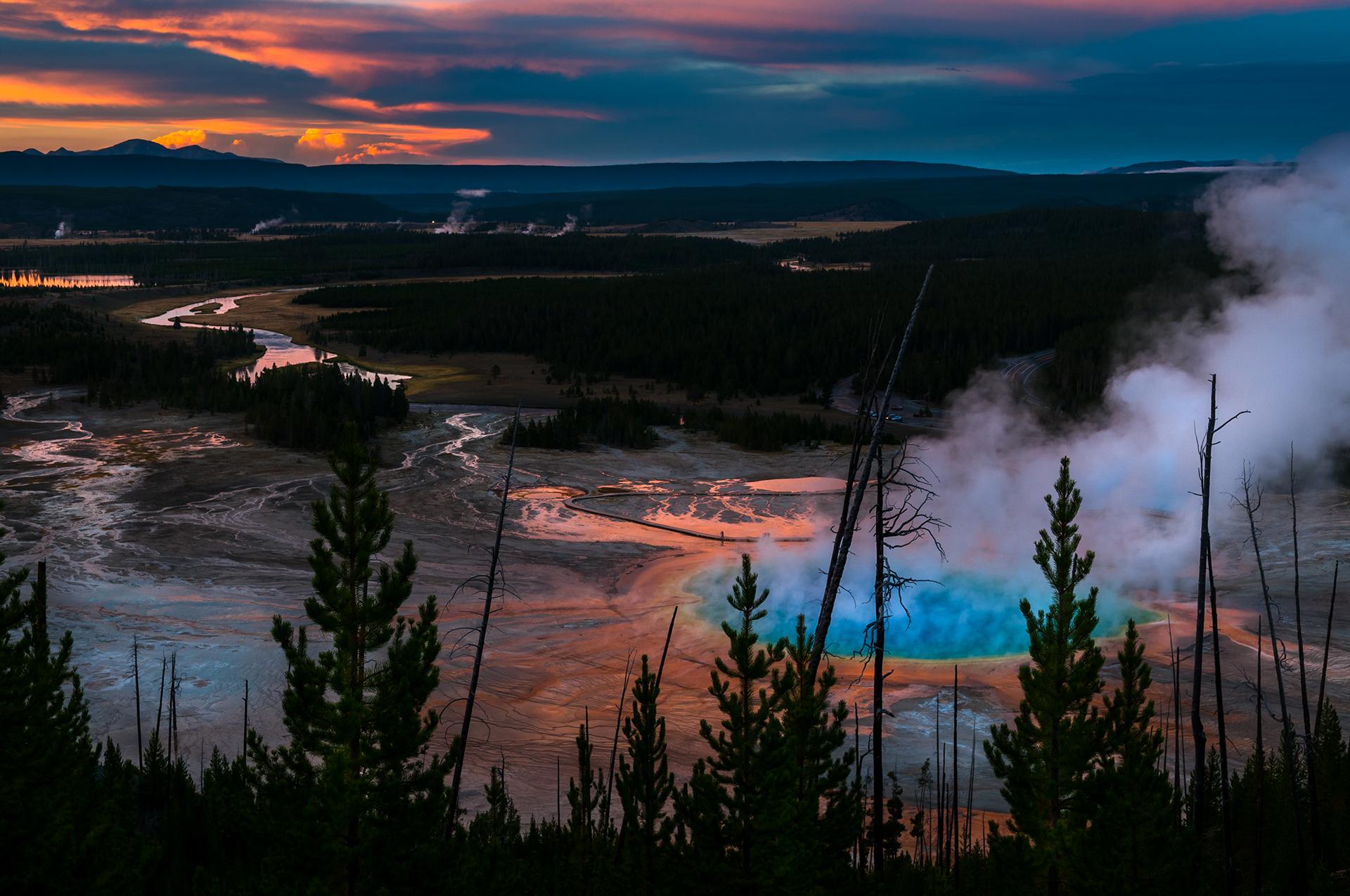 Yellowstone es el primer Parque Nacional de Estados Unidos. Fue creado por el Congreso de Estados Unidos en el año 1872 y es considerado como el primer Parque Nacional del mundo