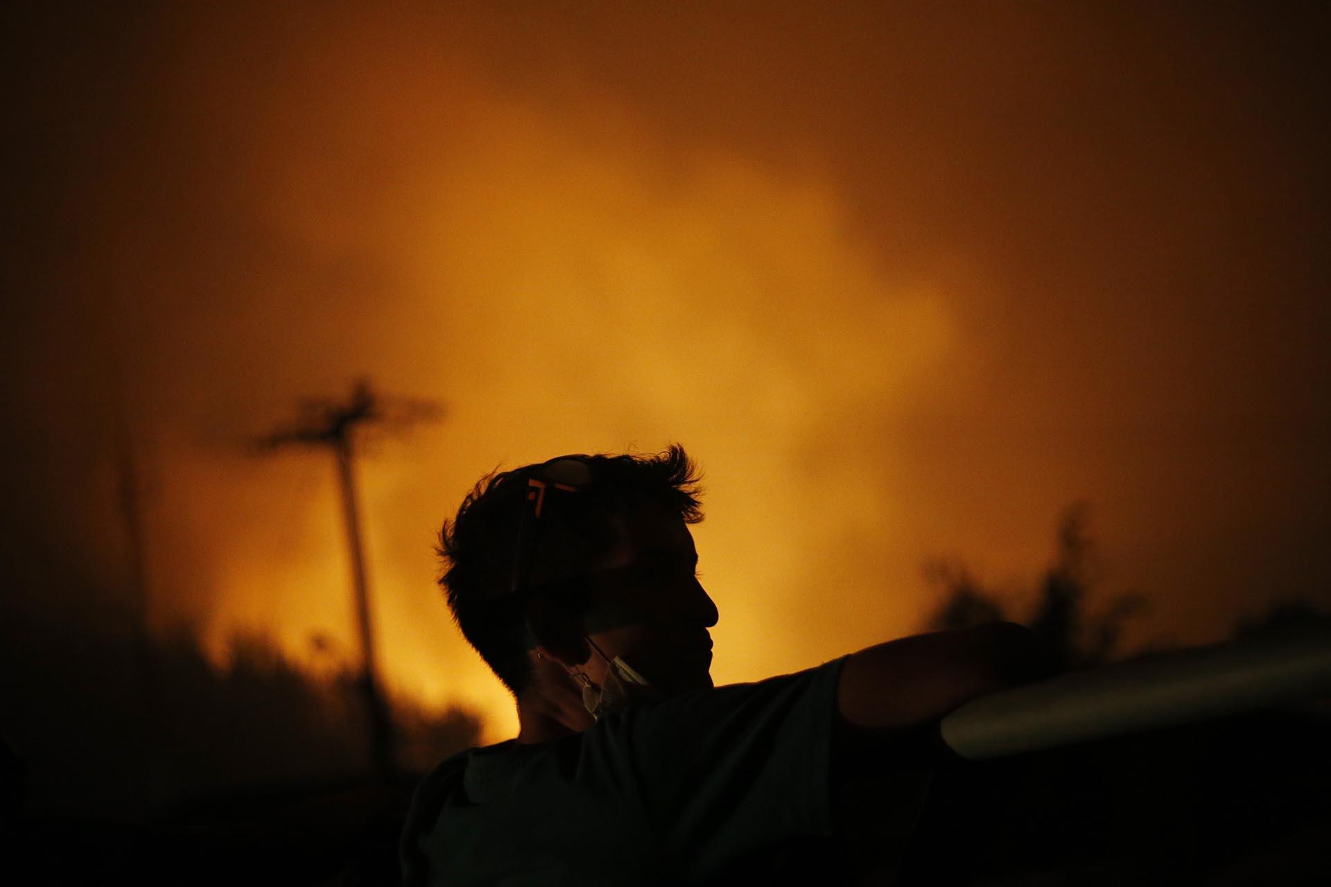 """Las pérdidas económicas que dejará esta catástrofe """"son enormes e incalculables"""", afirmó el ministro de Agricultura, Carlos Furche"""