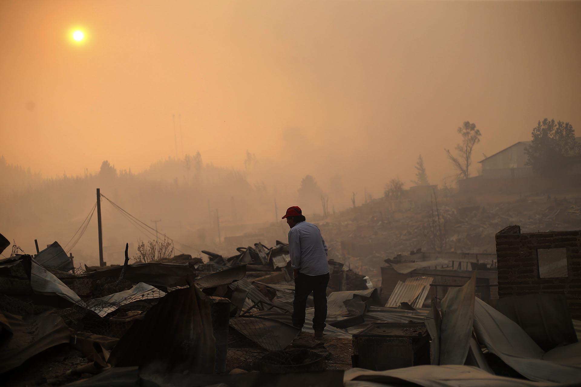 Según el Ministerio del Interior, la superficie afectada por incendios supera en más de un 2.000% el registro de la temporada pasada. Cerca de 3.000 incendios han devastado más de 381.000 hectáreas durante la temporada 2016-2017