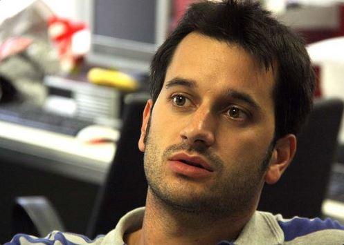 Guillem Sànchez es el periodista de sucesos de El Periódico, en Barcelona, que investigó sobre los abusos en colegios maristas (Twitter)