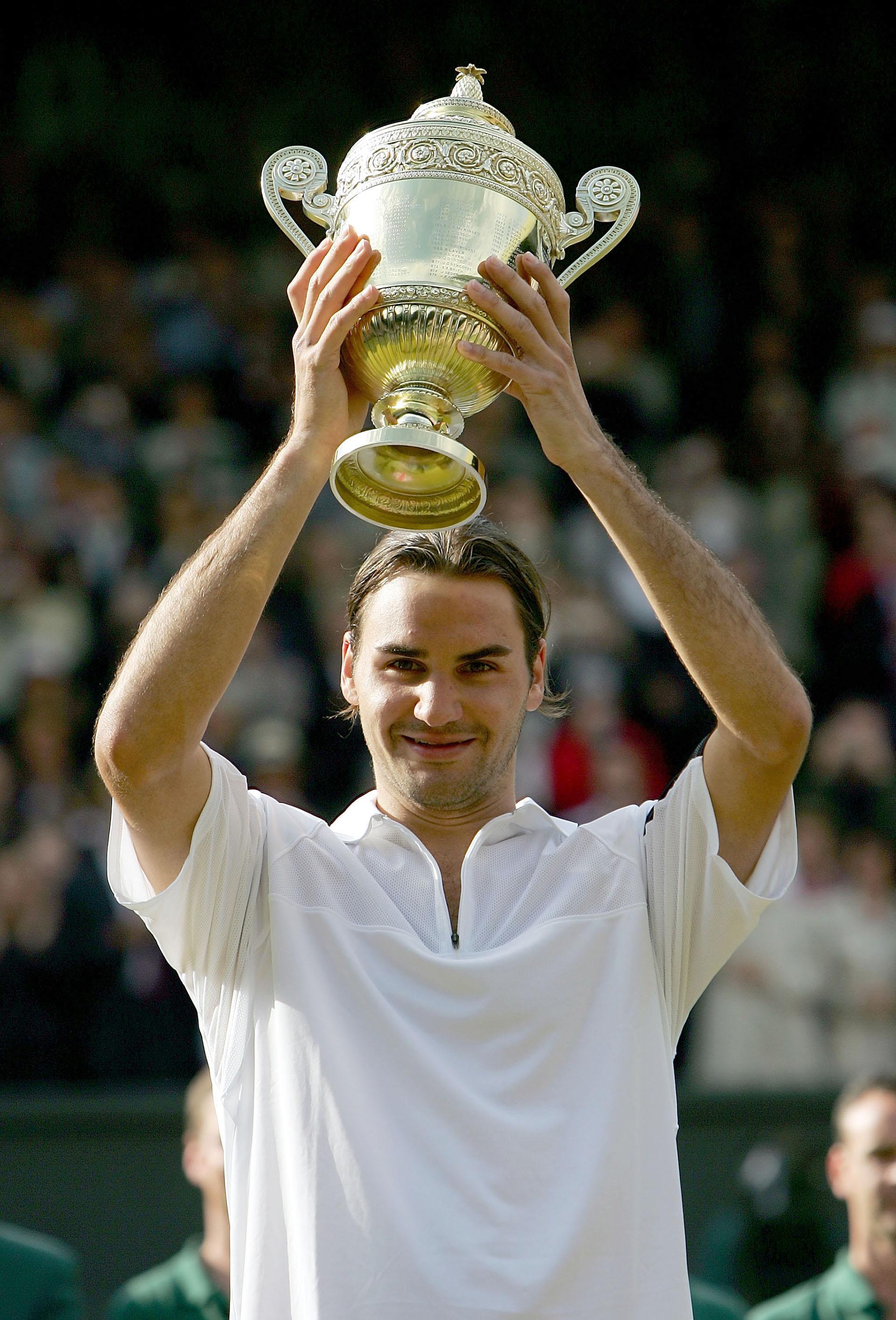 Su segundo Wimbledon consecutivo. En 2004 conquistó Londres al vencer a Andy Roddick por 4-6, 7-5, 7-6 (4), 6-4