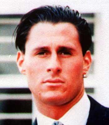 Ronald Goldman estaba en la casa de Nicole Simpson y también fue apuñalado esa noche de junio de 1994