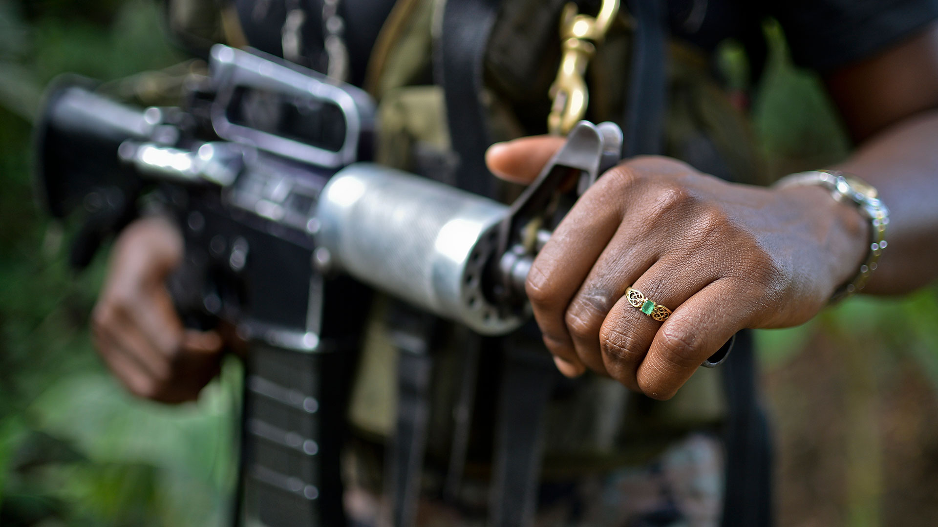 Miles de personas fueron desplazadas por los enfrentamientos (AFP)