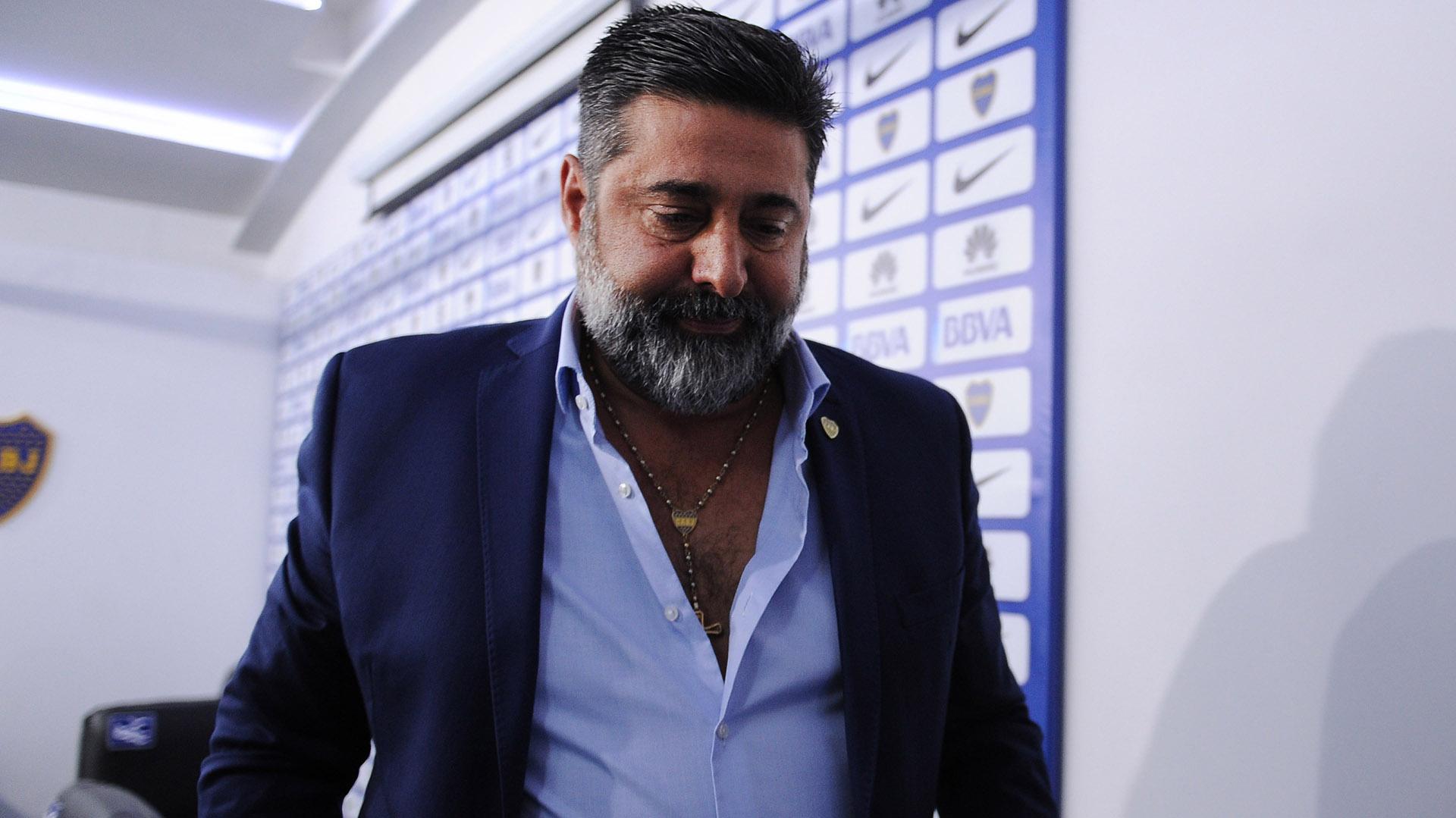 Daniel Angelici adelantó qué piensa Darío Benedetto sobre la oferta del Sevilla de España (Télam)
