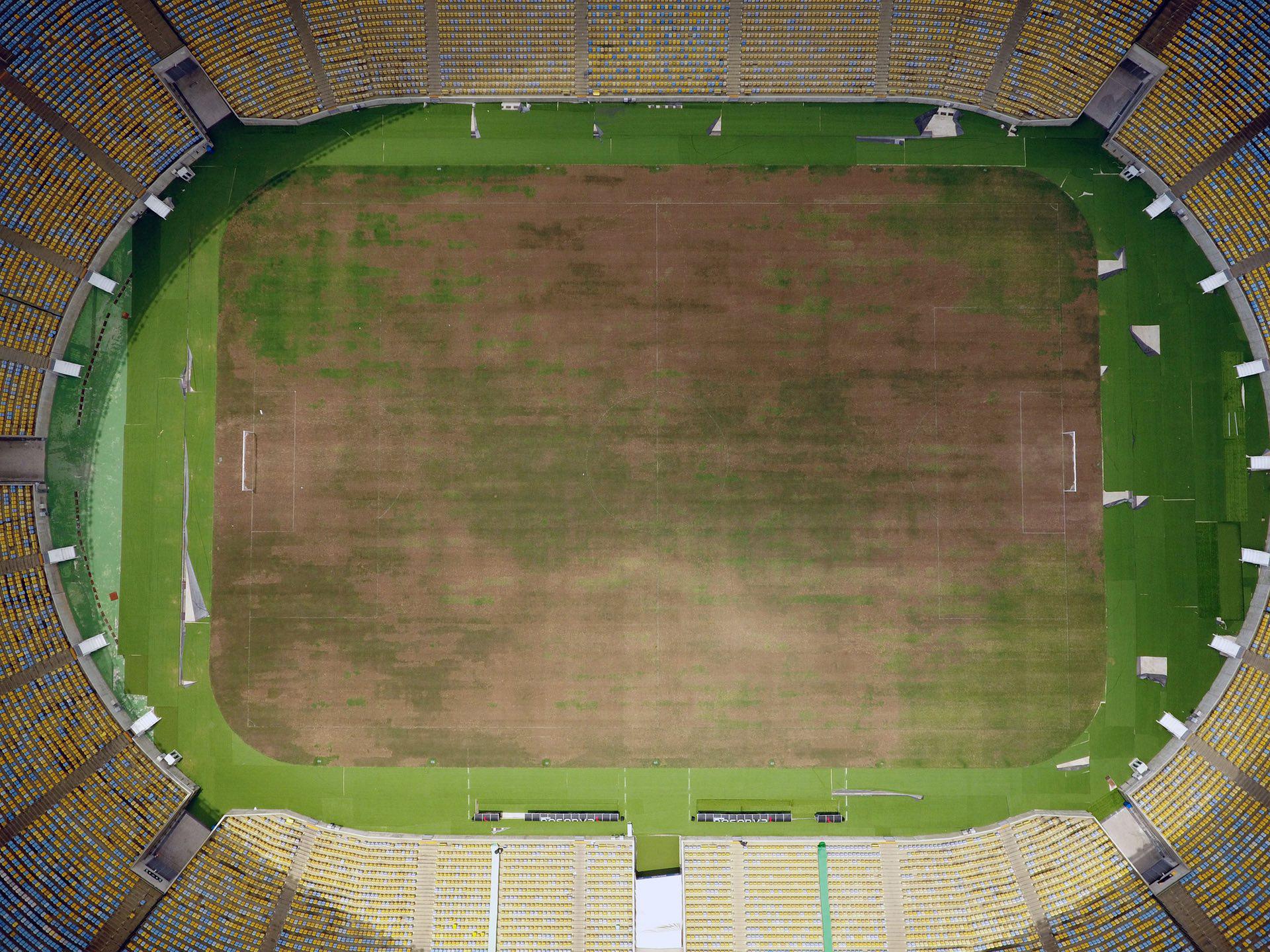 El terreno de juego del Maracaná está destruido (AFP)