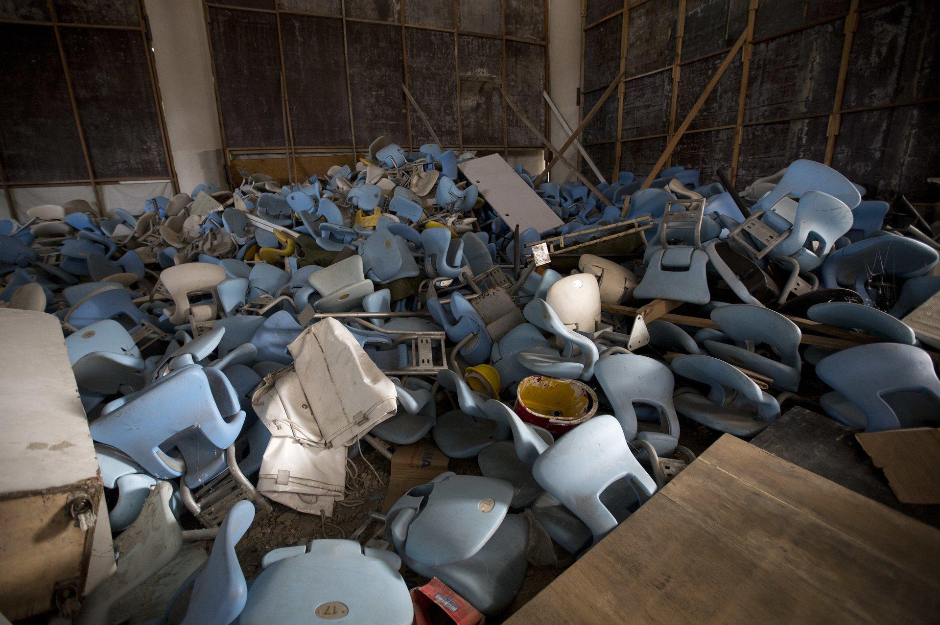 El estadio Maracaná fue atacado por intrusos que arrancaron las butacas(AP)