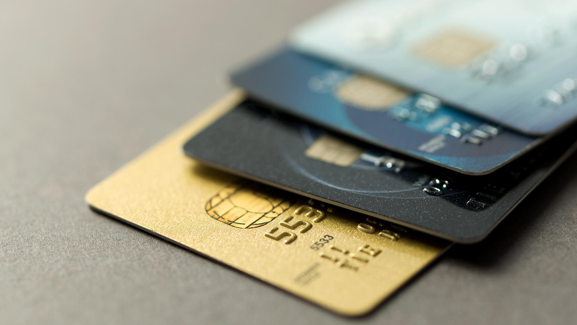 A pesar de la inflación, las compras en tarjeta crecen comparadas con el año pasado