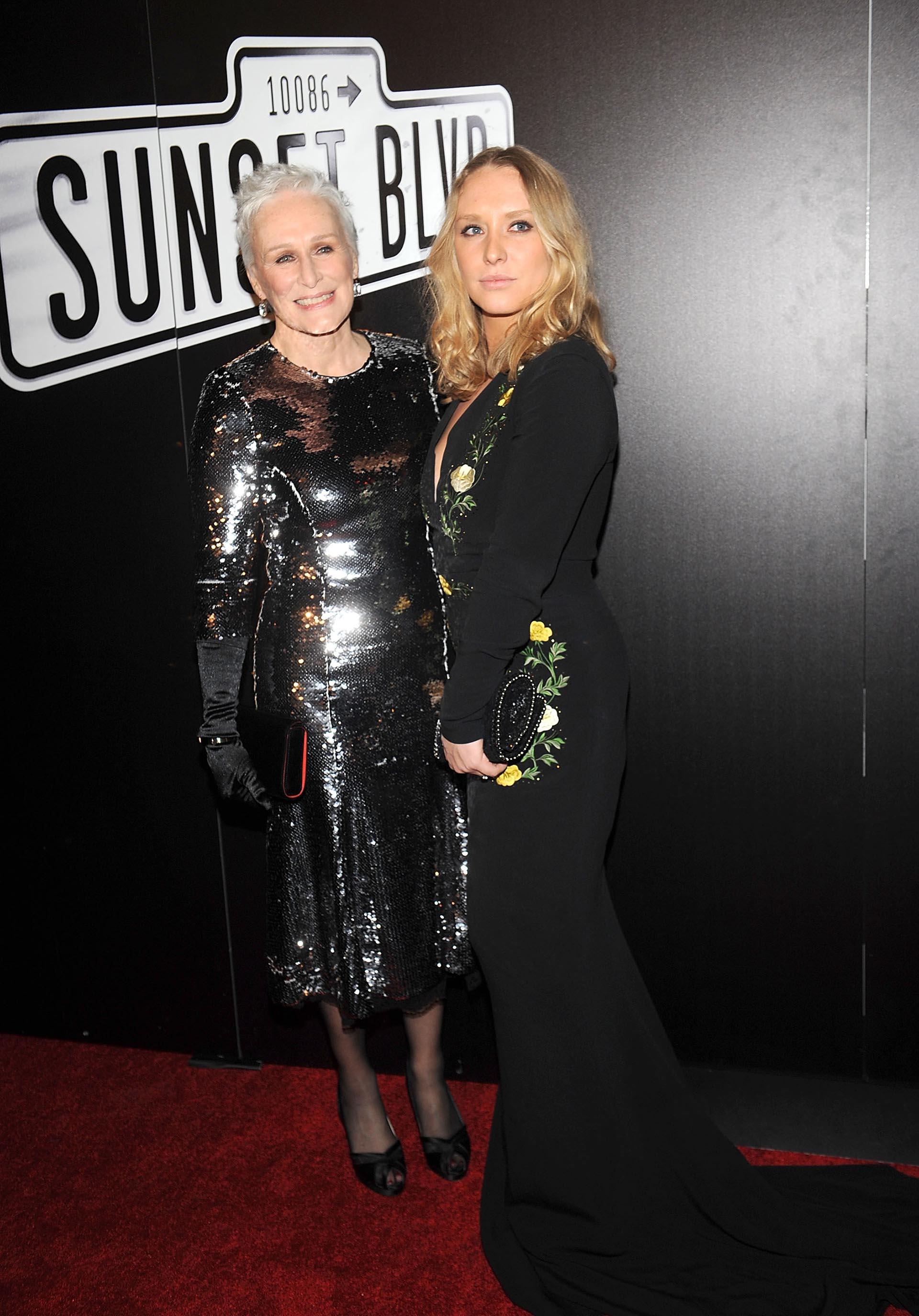 La actriz se mostró feliz con la compañía de su única hija, Annie Starke