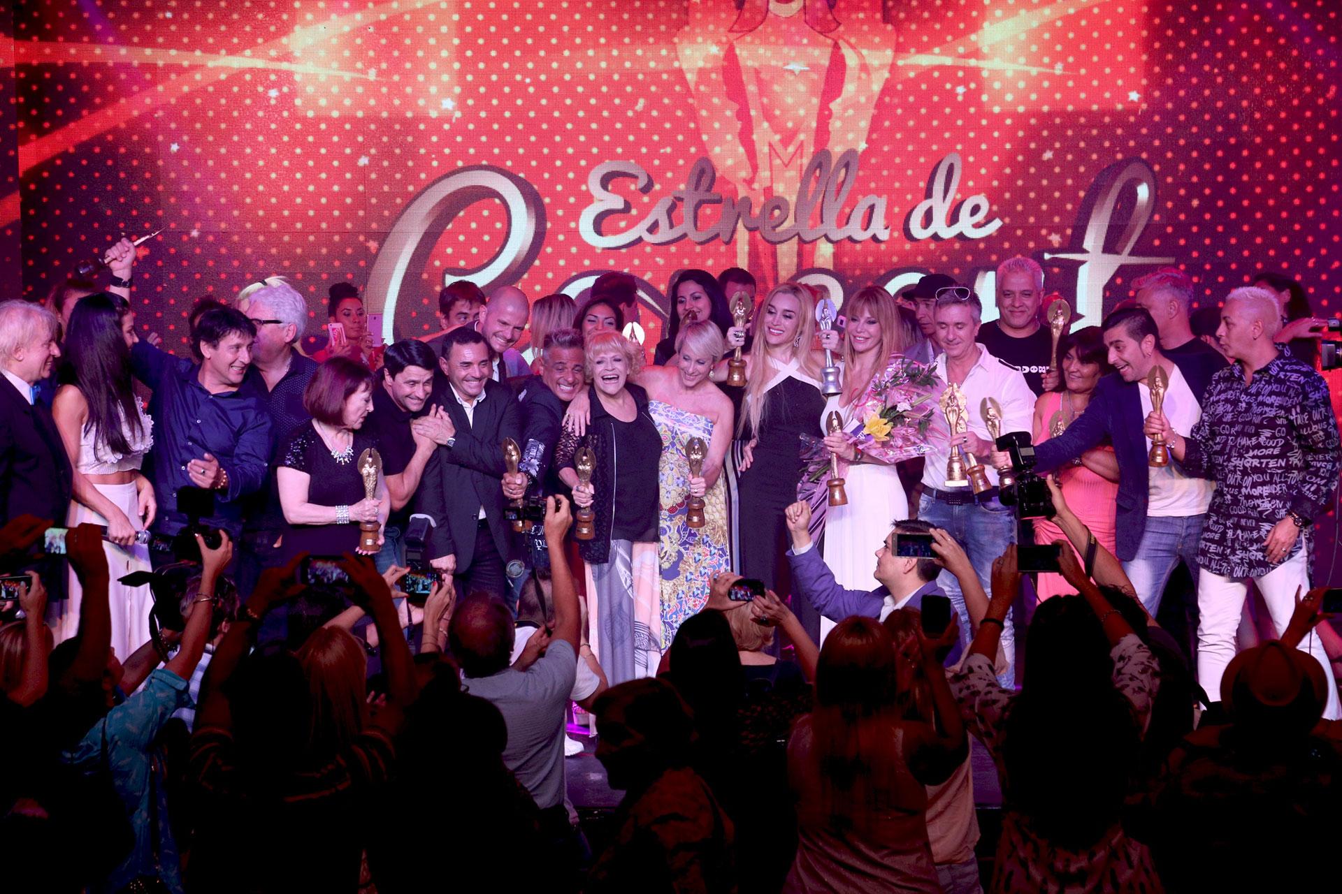 Tambíen se entregaron los reconocimientos a la prensa que acompaña cada año la temporada de Villa Carlos Paz