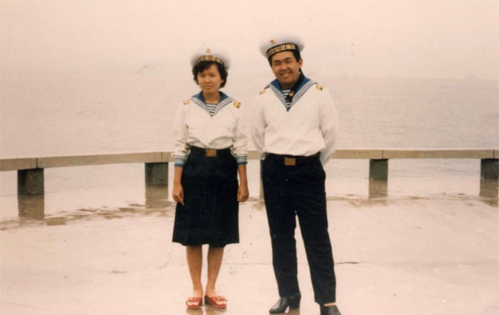 Li Nam Ok y Kim Jong-nam en Wonsan en 1987 (Imogen O'Neil/The Golden Cage: Life with Kim Jong Il, A Daughter's Story)