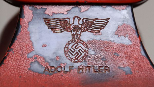 telefono-personal-de-hitler-1920-2