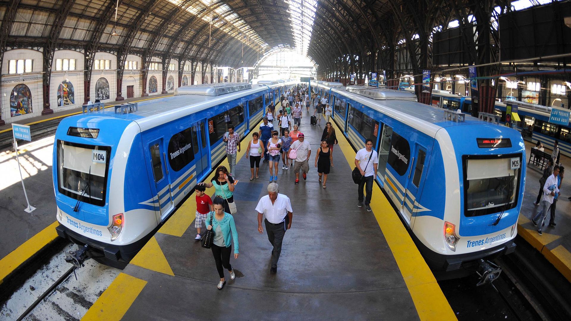 Los trenes metropolitanos también tendrán incrementos sucesivos en la primera parte del año (NA)