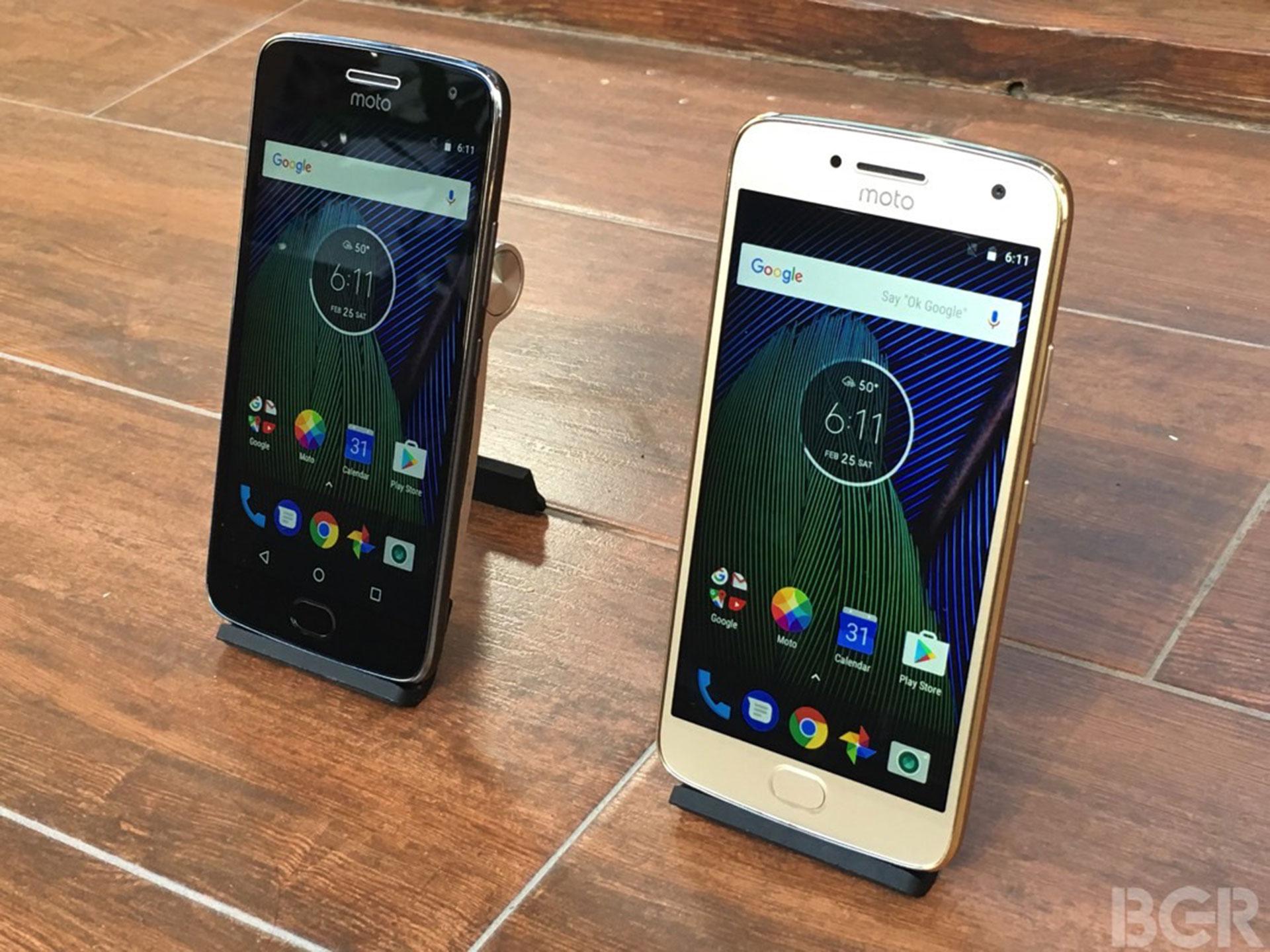 Lenovo lanzó sus teléfonos Moto G5 y Moto G5 Plus, que cuenta con Google Assistant y saldrán a la venta este marzo