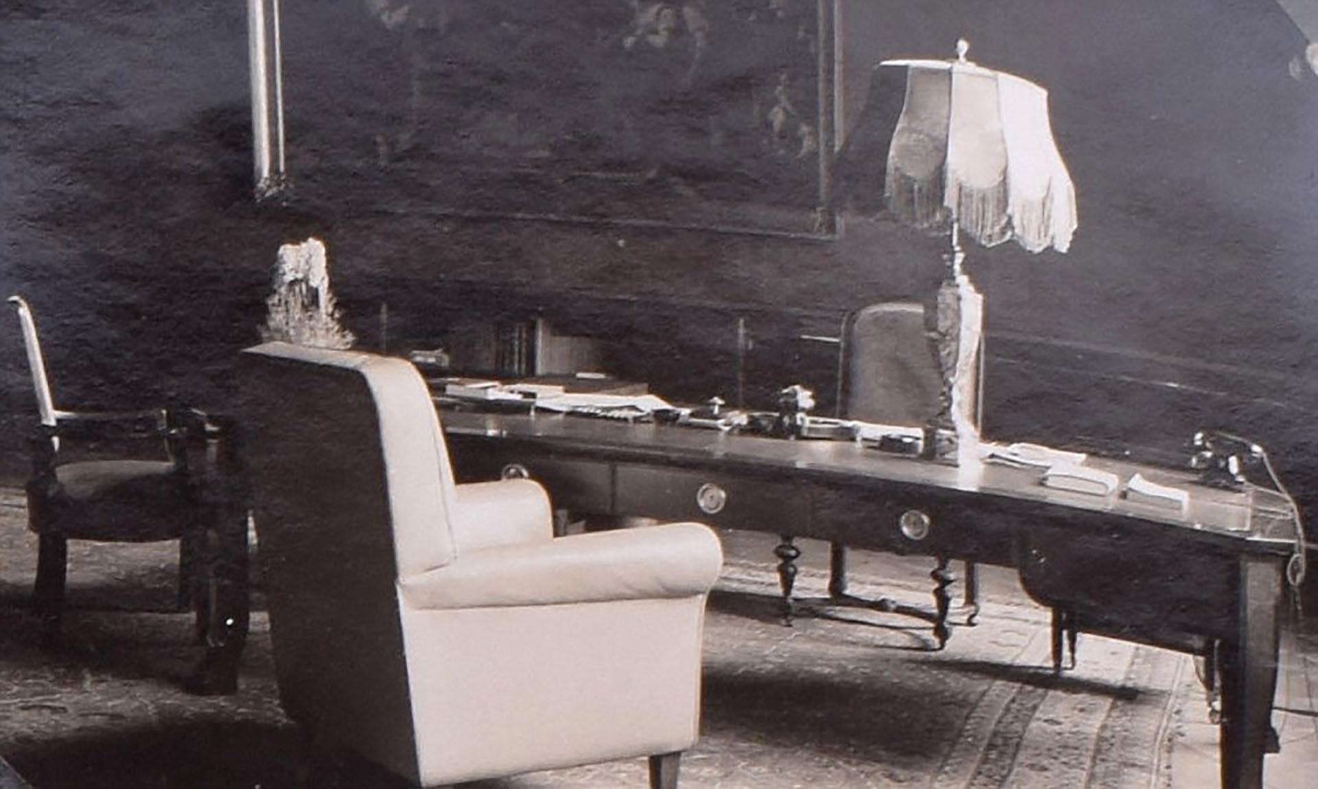 La oficina privada de Hitler en la cancillería (C&T Auctions/BNPS)