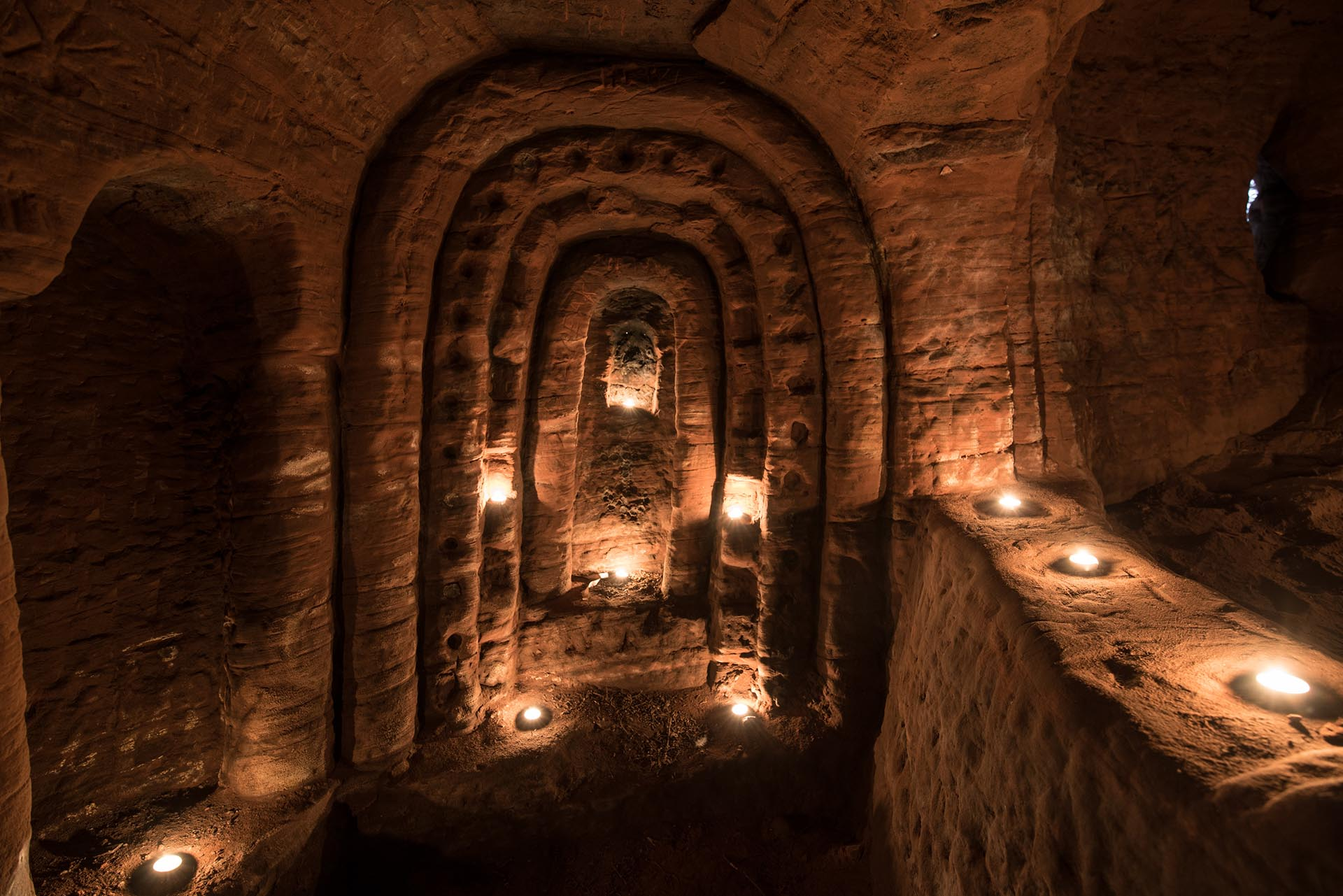 La increíble cueva templaria se encontró en una granja en Inglaterra, gracias a un conejo (Michael Scott/Caters News/The Grosby Group)