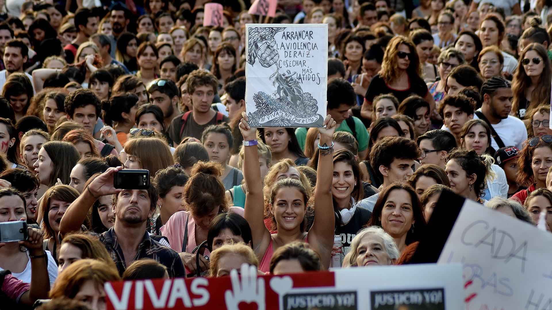 Cómo Se Vivió La Marcha Por El Día De La Mujer Desde Adentro Infobae
