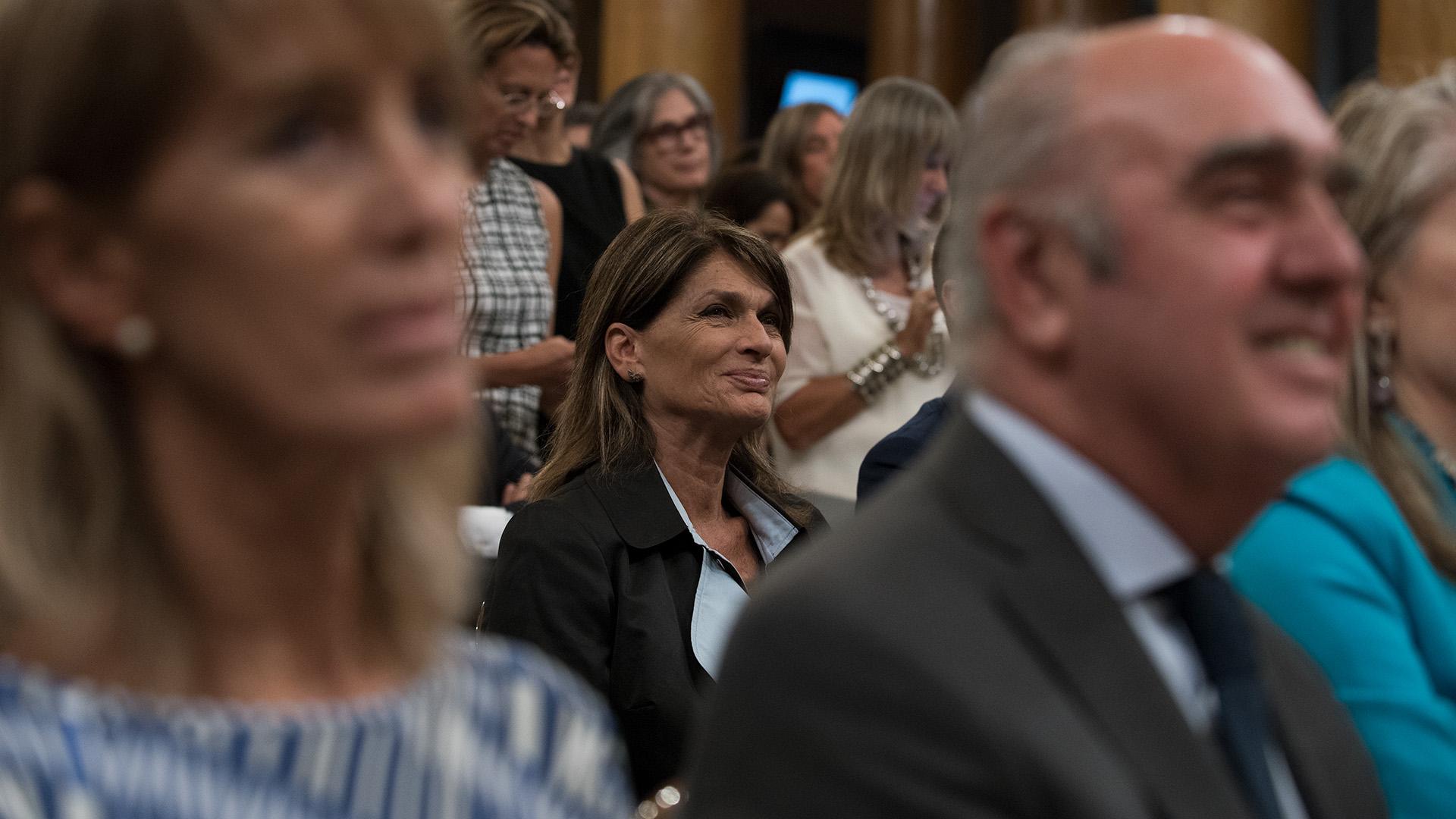 La empresaria y conductora de TV, Teresa Calandra, participó del encuentro al que asistieron unas 300 mujeres de negocios, junto a banqueros, funcionarios y hombres de empresa.