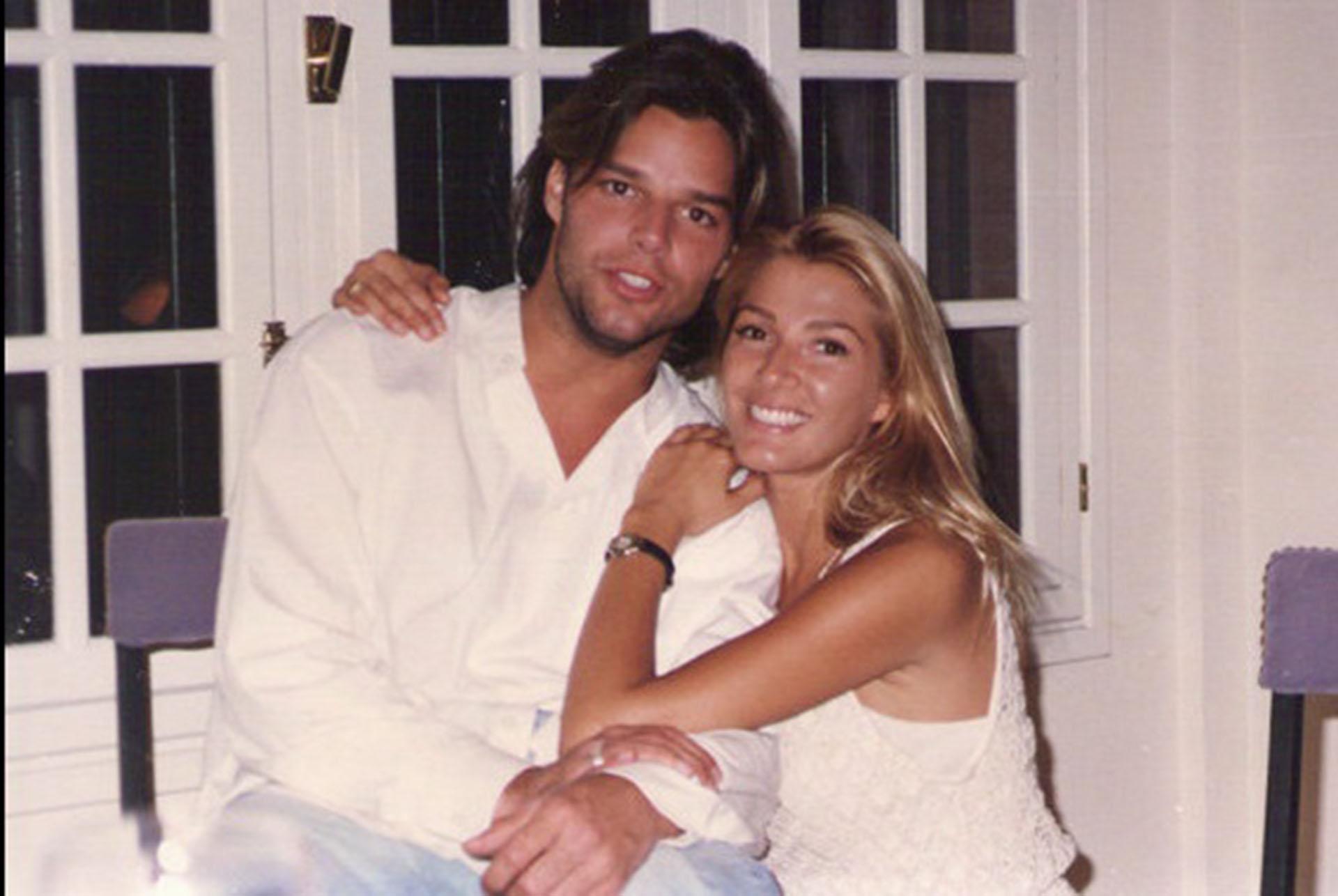 Catherine Fulop junto al cantante Ricky Martin, cuando eran muy jóvenes