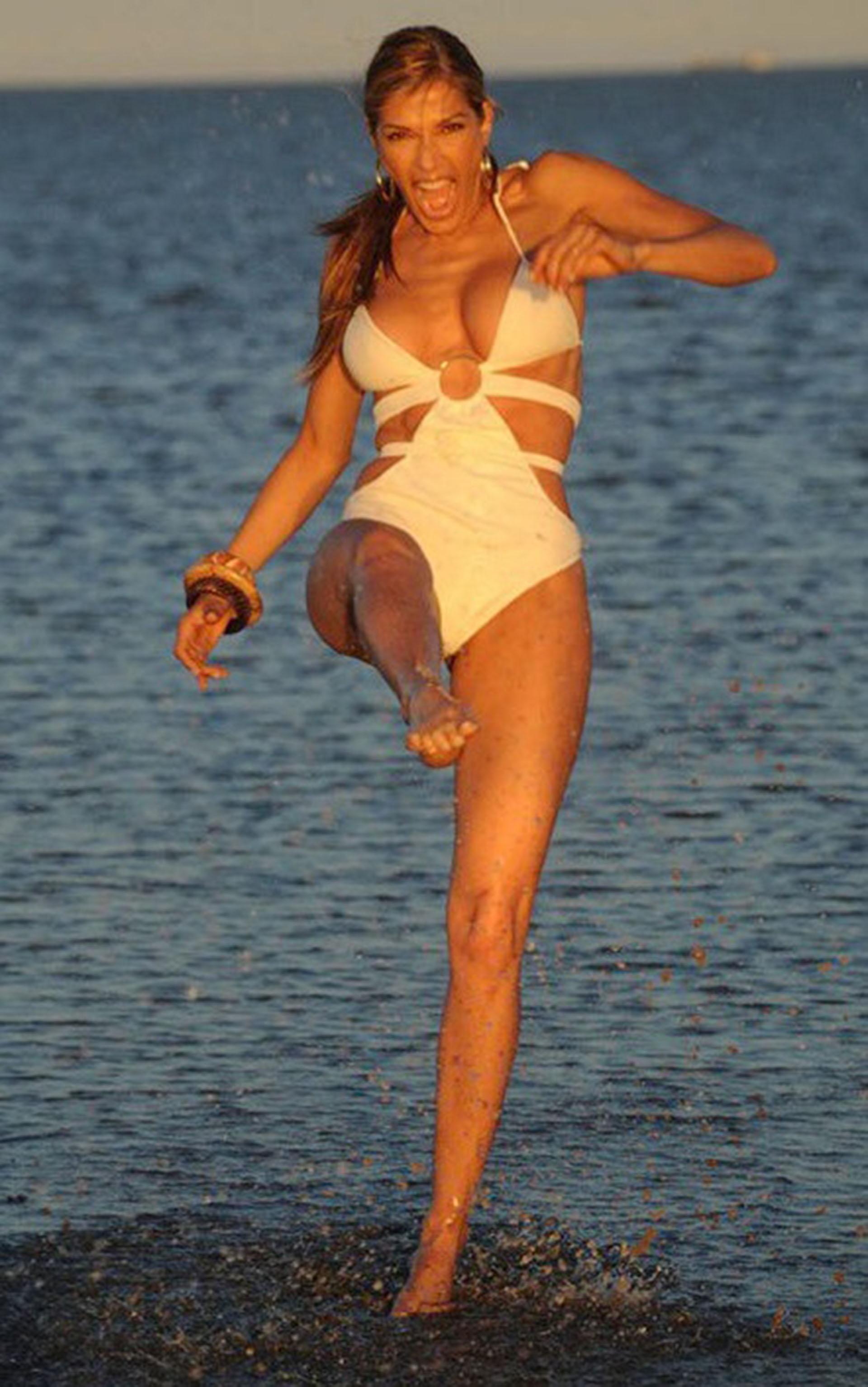 En febrero del 2009 fue jurado del Festival de la Canción de Viña del Mar en Chile
