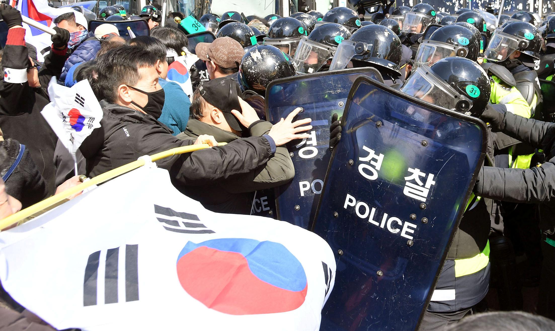 Las protestas cuando estalló el escándalo (Reuters)
