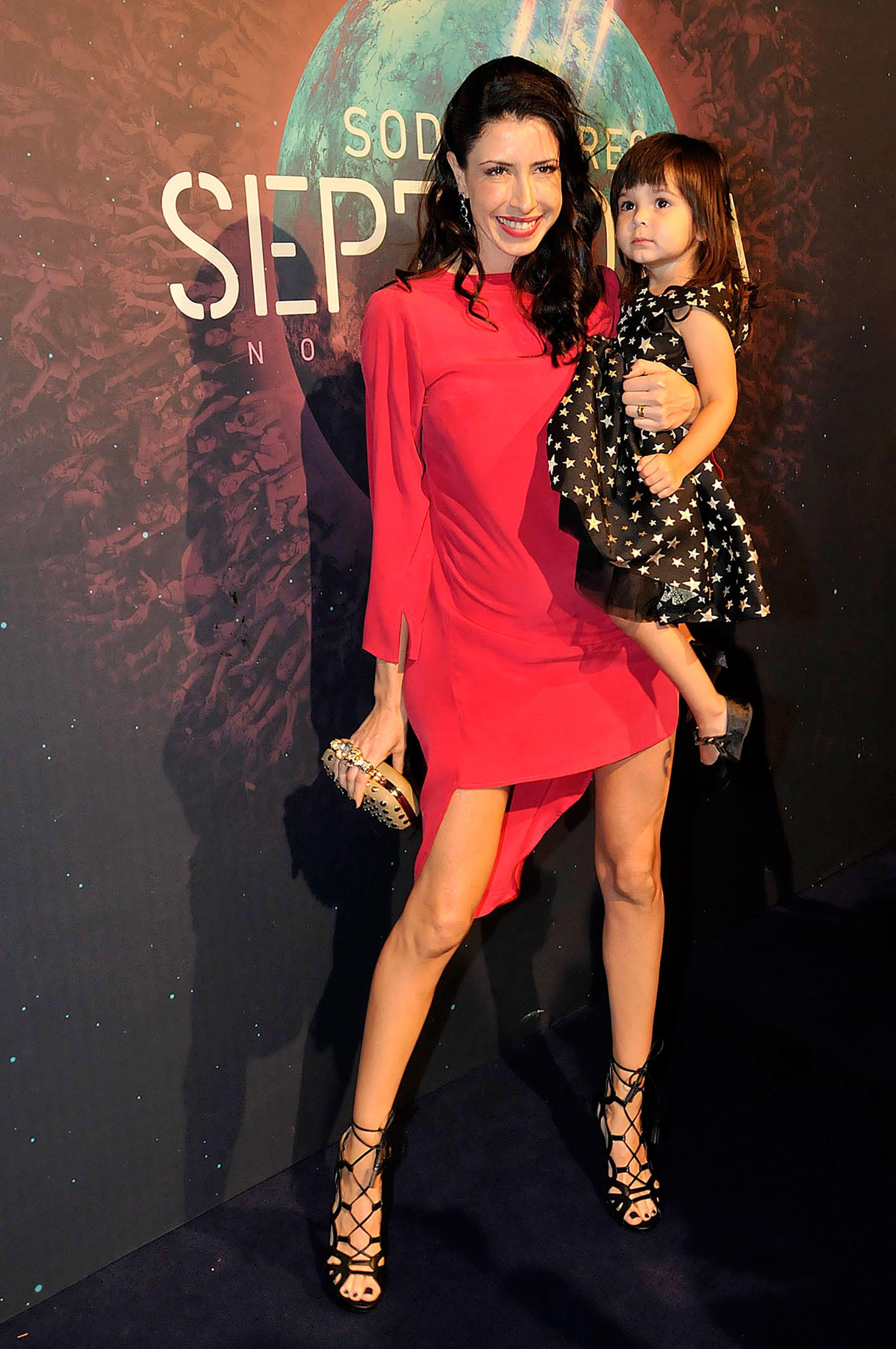 Estefanía Iracet, la mujer de Zeta Bosio, y su hija