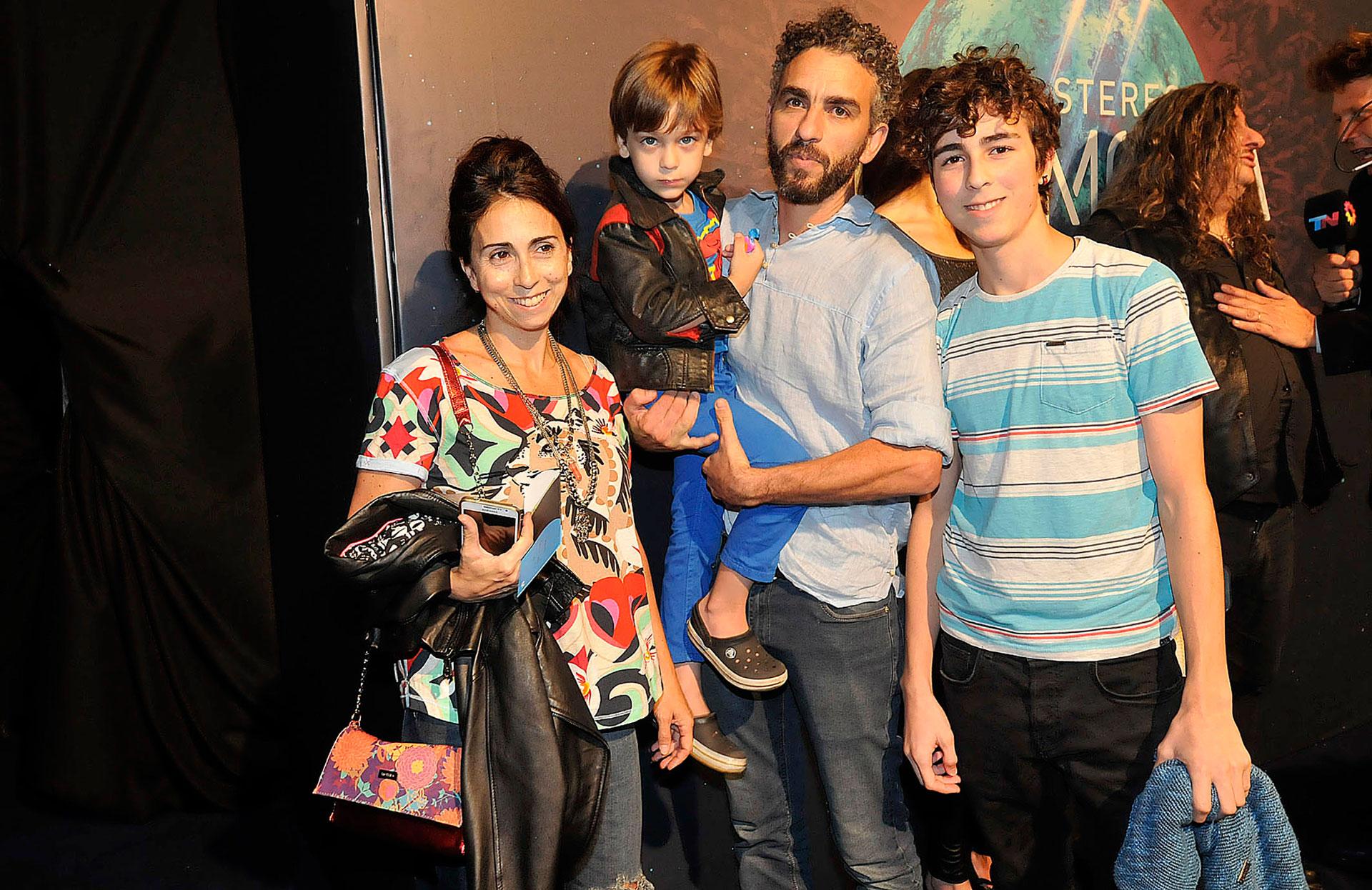 Fabiana García Lago y su familia
