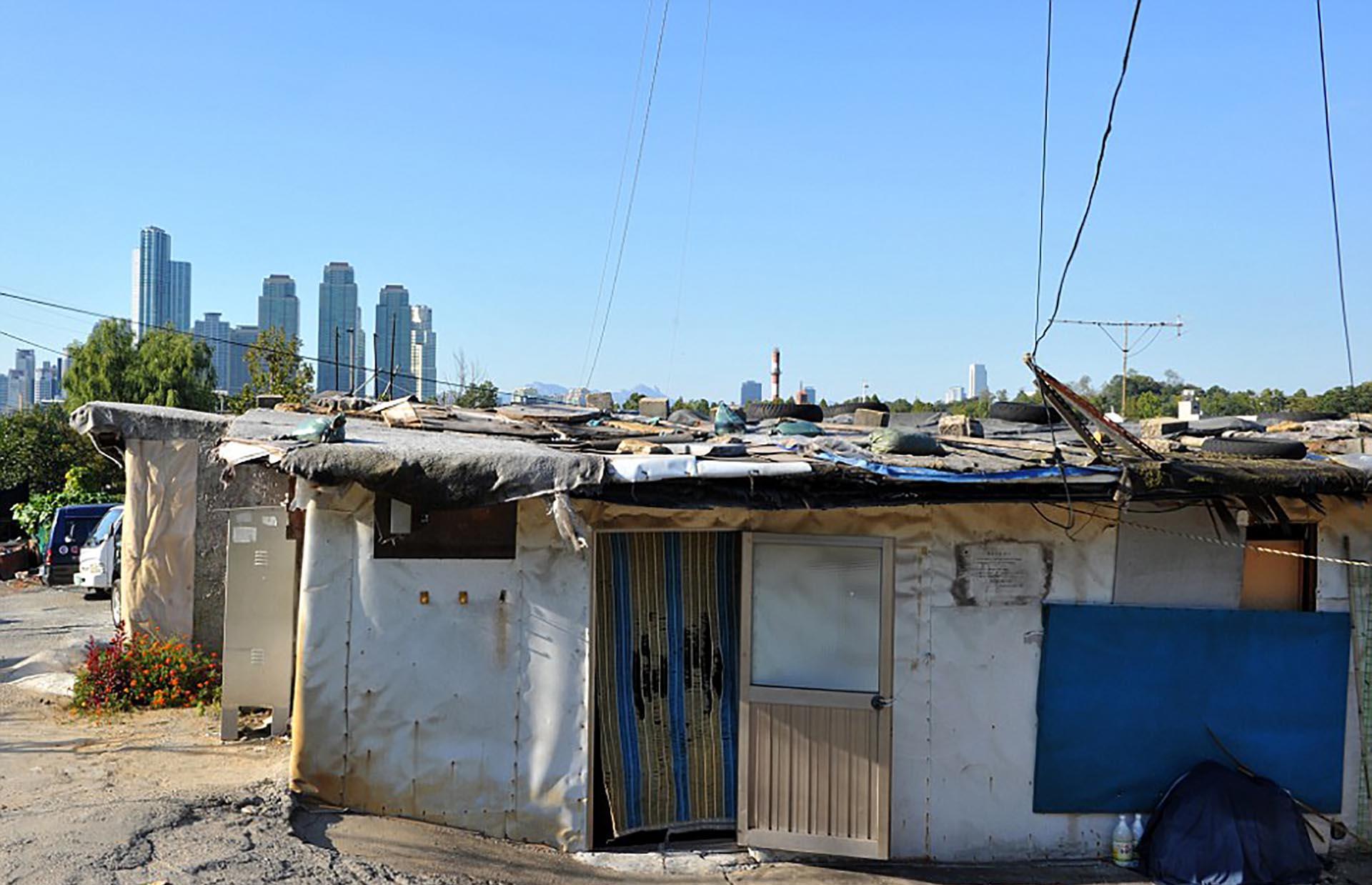 Las Imágenes Más Impactantes De La Desigualdad Y La Pobreza En El