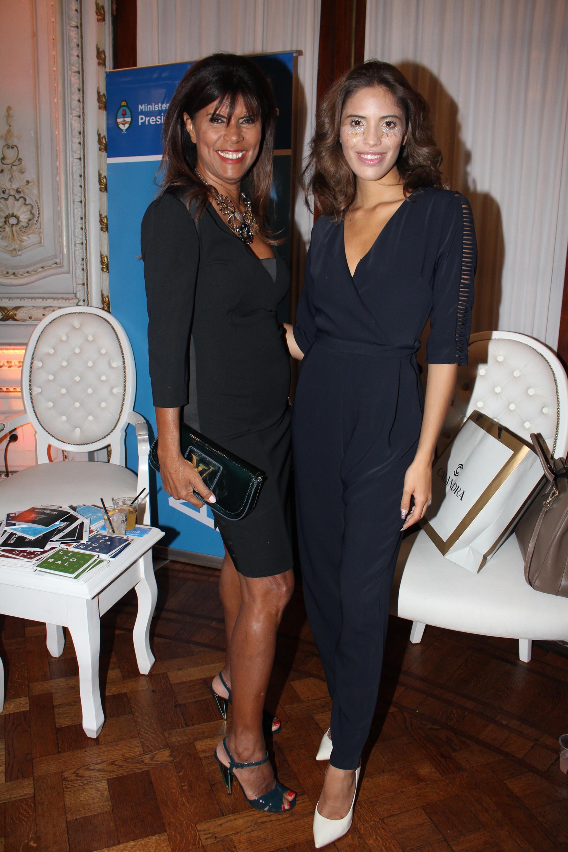 Anamá Ferreira y Taina Laurino Ferreira